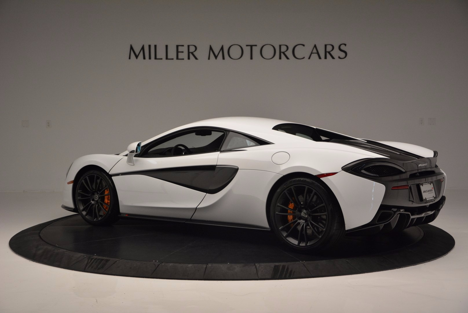 Used 2016 McLaren 570S  For Sale In Greenwich, CT 1464_p4