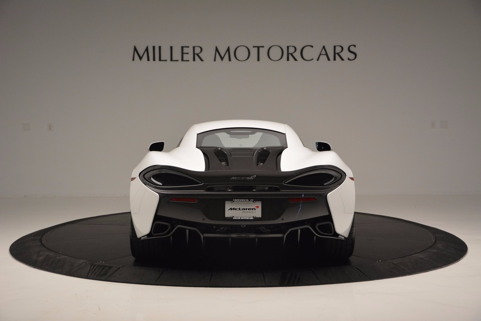 Used 2016 McLaren 570S  For Sale In Greenwich, CT 1464_p6