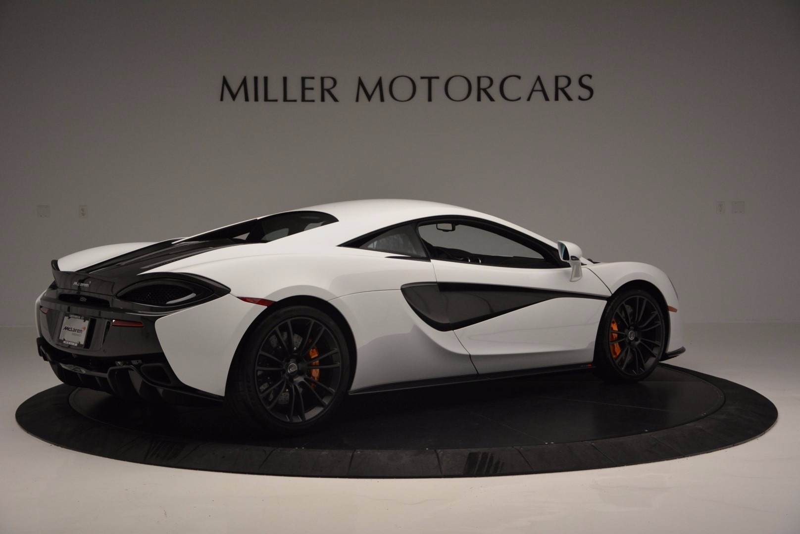 Used 2016 McLaren 570S  For Sale In Greenwich, CT 1464_p8