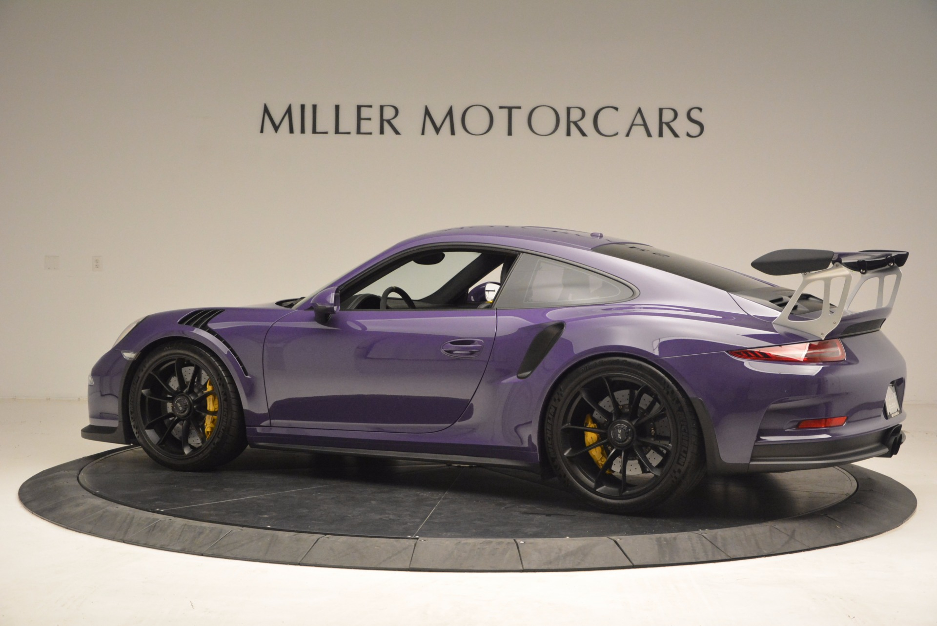 Used 2016 Porsche 911 GT3 RS For Sale In Greenwich, CT 1469_p4