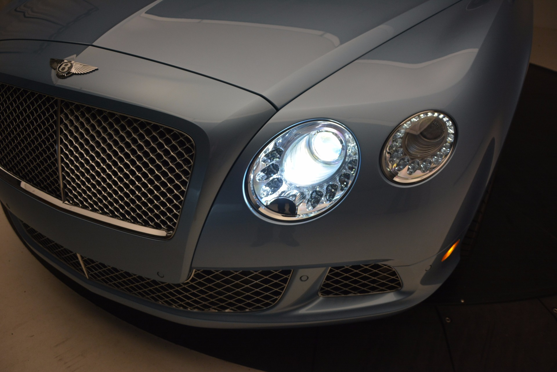 Used 2012 Bentley Continental GTC W12 For Sale In Greenwich, CT 1475_p27