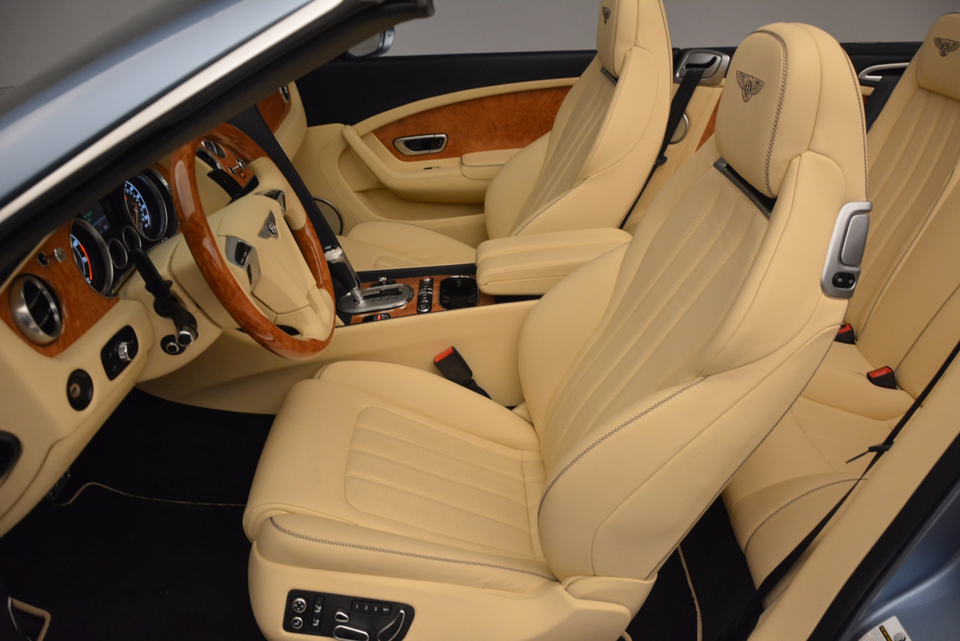Used 2012 Bentley Continental GTC W12 For Sale In Greenwich, CT 1475_p33