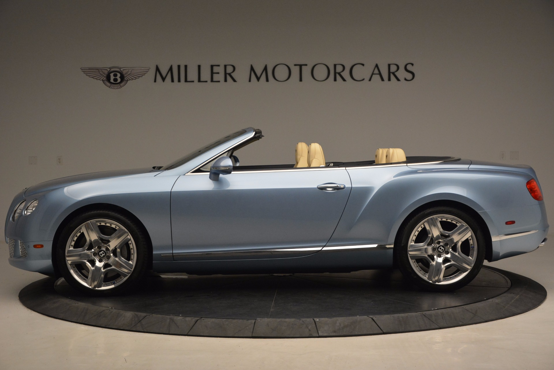 Used 2012 Bentley Continental GTC W12 For Sale In Greenwich, CT 1475_p3