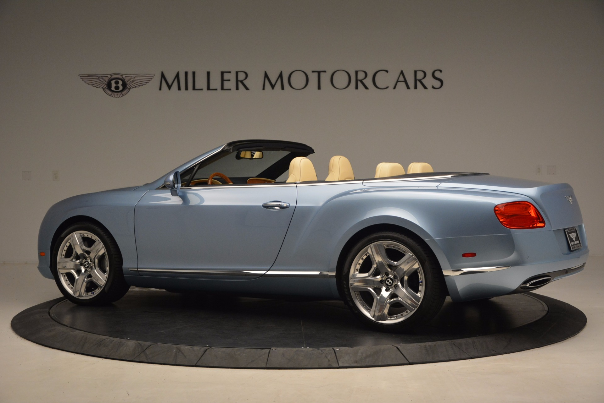Used 2012 Bentley Continental GTC W12 For Sale In Greenwich, CT 1475_p4