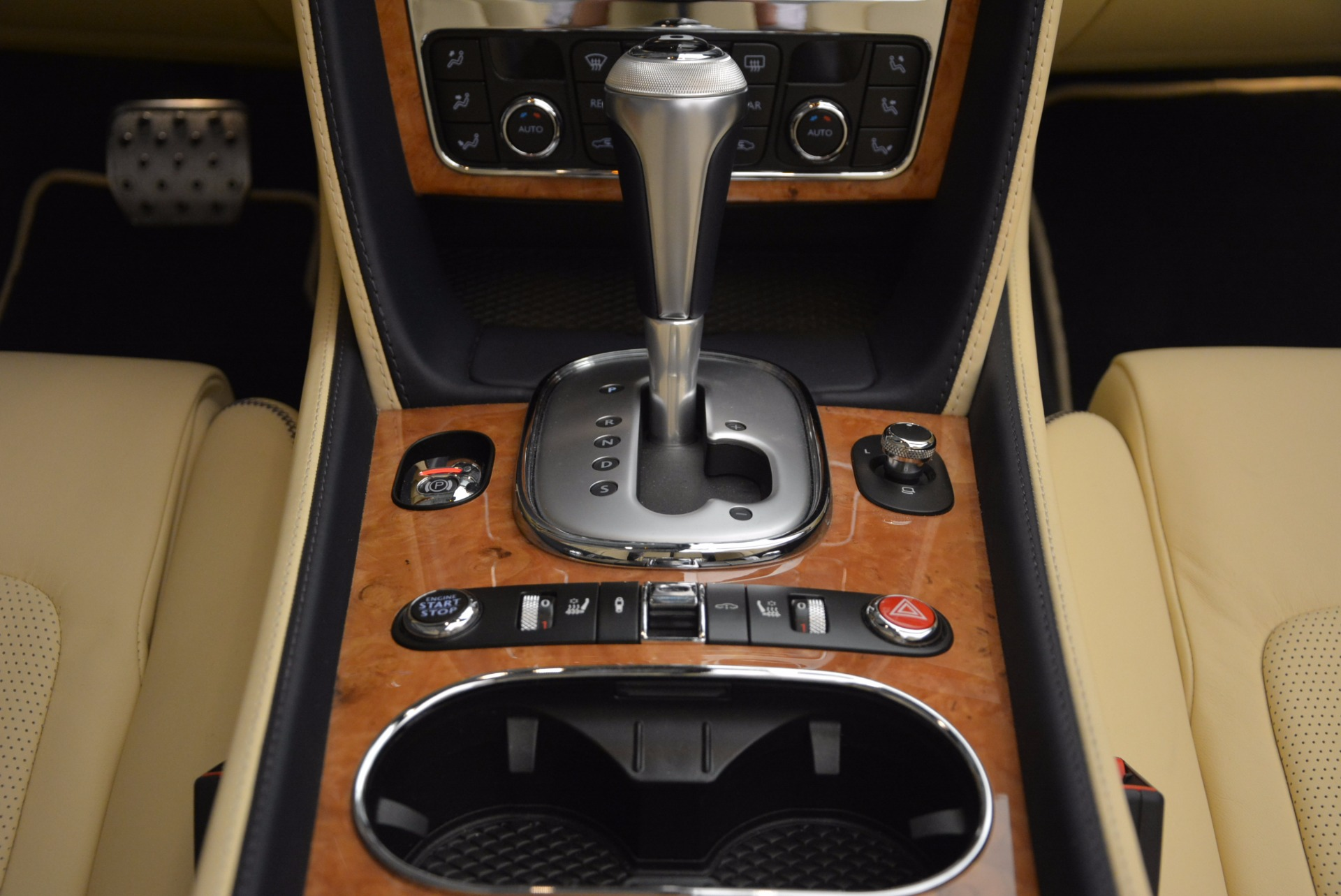 Used 2012 Bentley Continental GTC W12 For Sale In Greenwich, CT 1475_p52