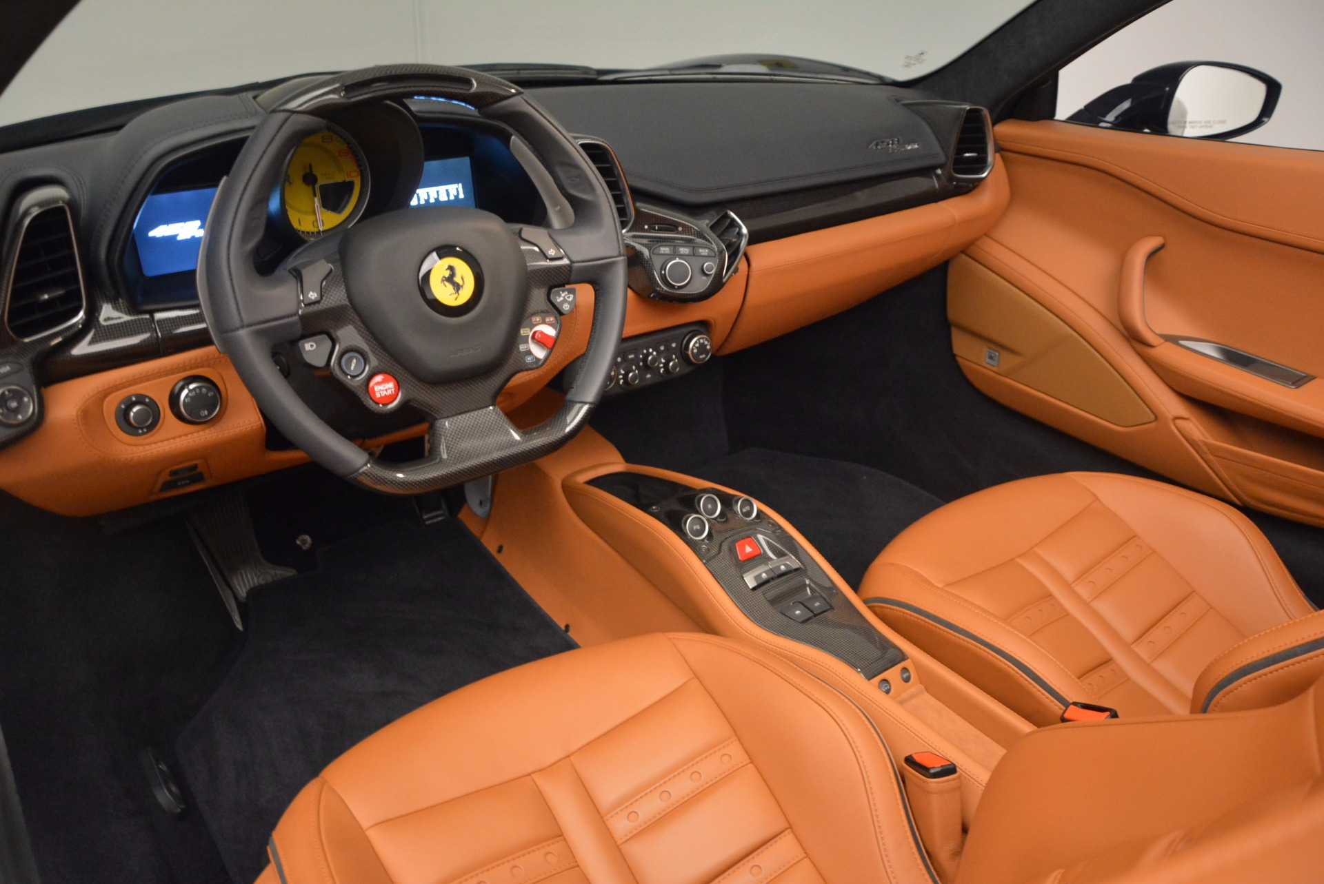 Used 2015 Ferrari 458 Spider  For Sale In Greenwich, CT 1477_p21