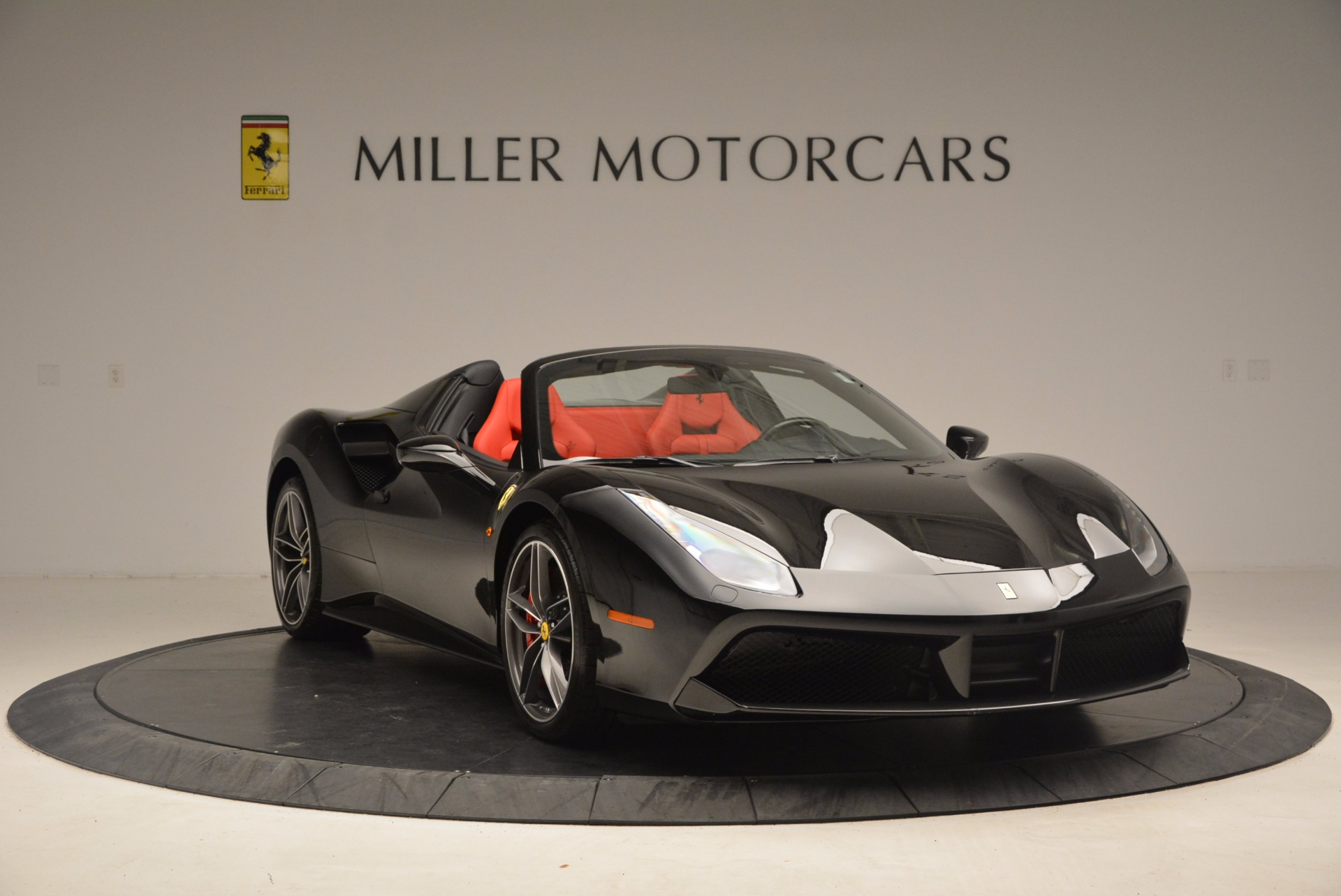 Used 2017 Ferrari 488 Spider  For Sale In Greenwich, CT 1479_p11