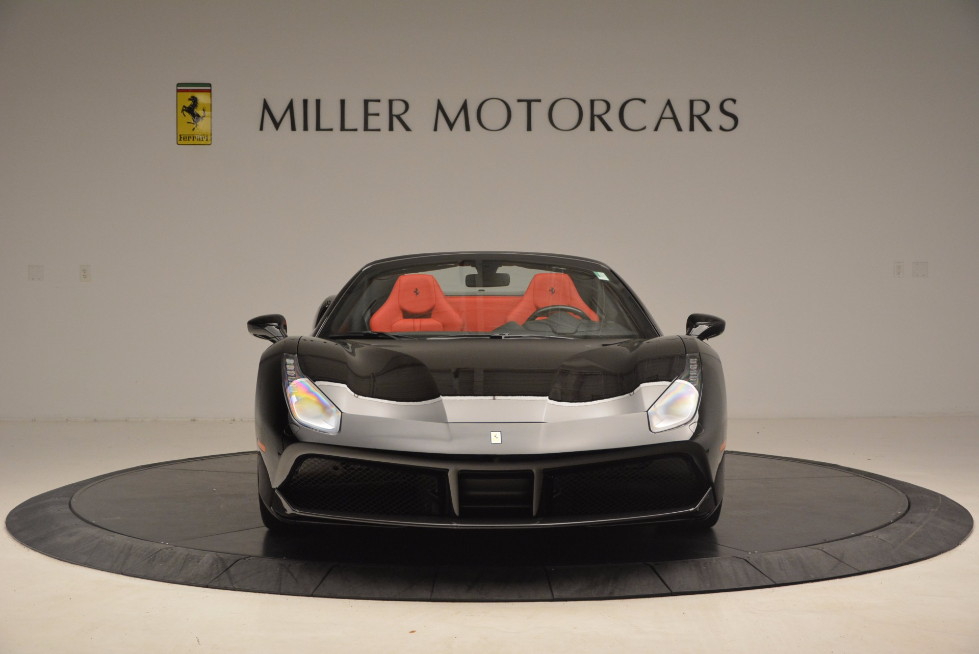 Used 2017 Ferrari 488 Spider  For Sale In Greenwich, CT 1479_p12