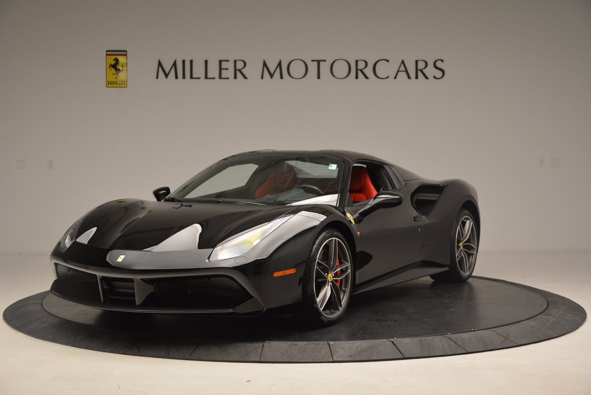 Used 2017 Ferrari 488 Spider  For Sale In Greenwich, CT 1479_p13