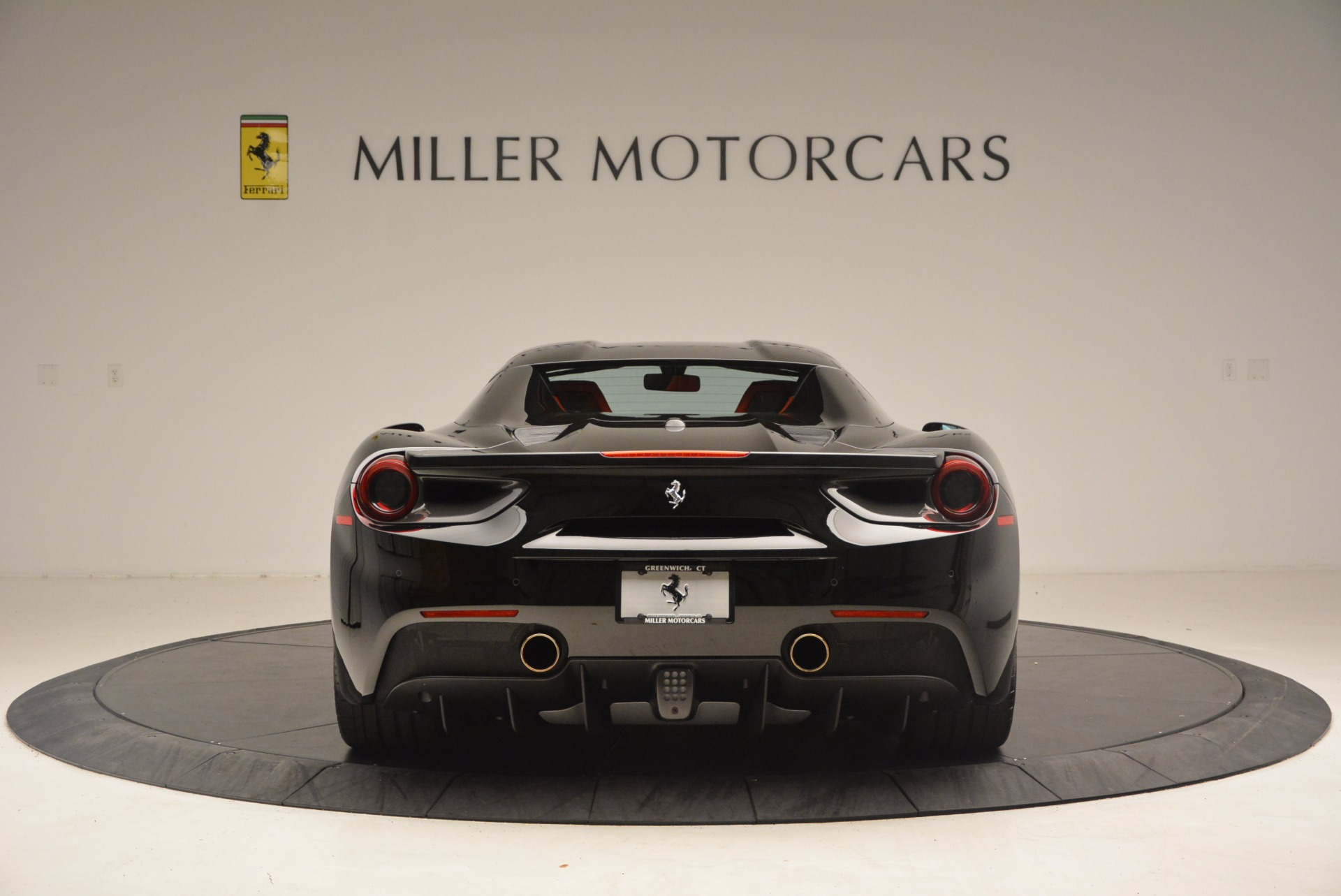 Used 2017 Ferrari 488 Spider  For Sale In Greenwich, CT 1479_p17