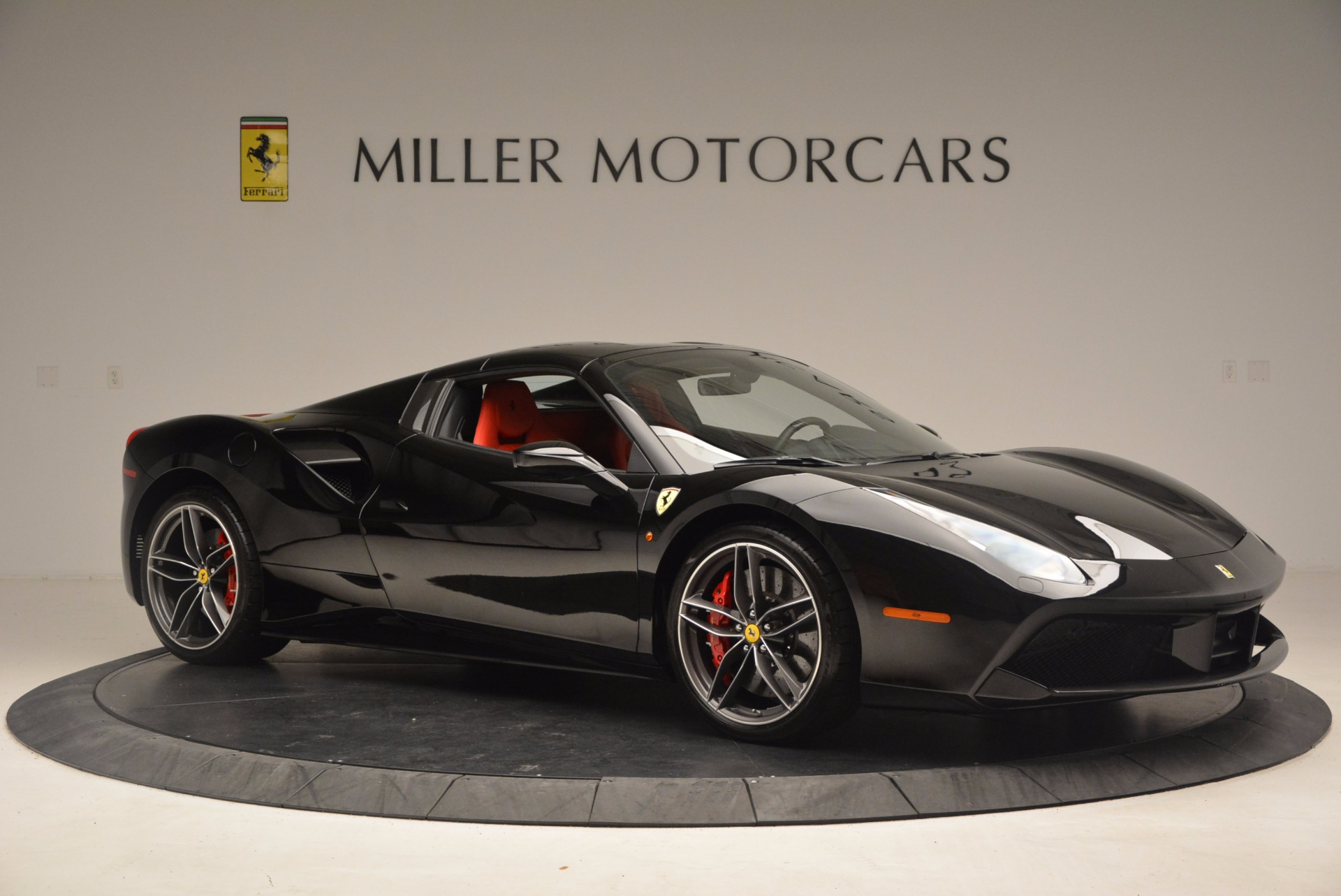 Used 2017 Ferrari 488 Spider  For Sale In Greenwich, CT 1479_p21