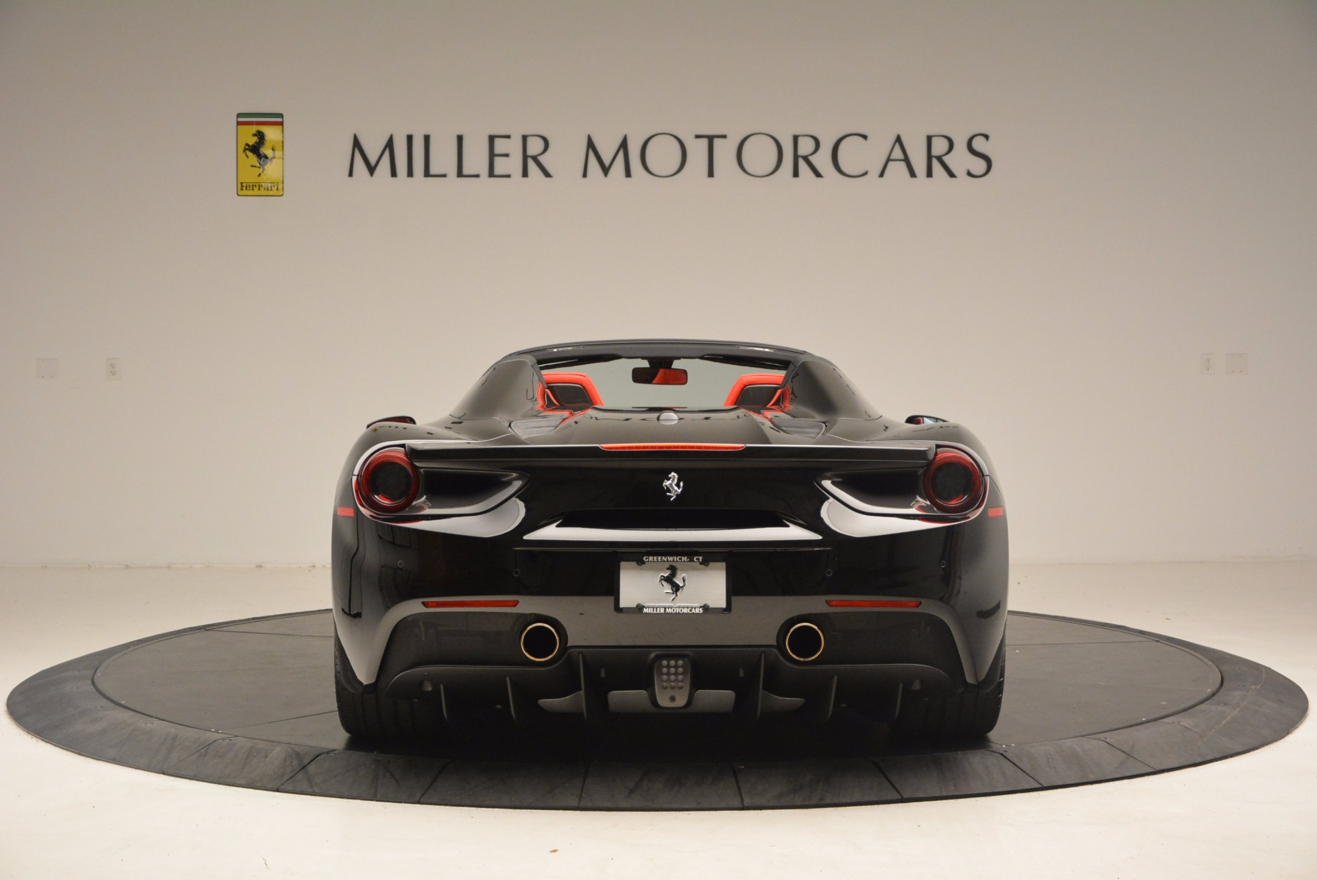Used 2017 Ferrari 488 Spider  For Sale In Greenwich, CT 1479_p6