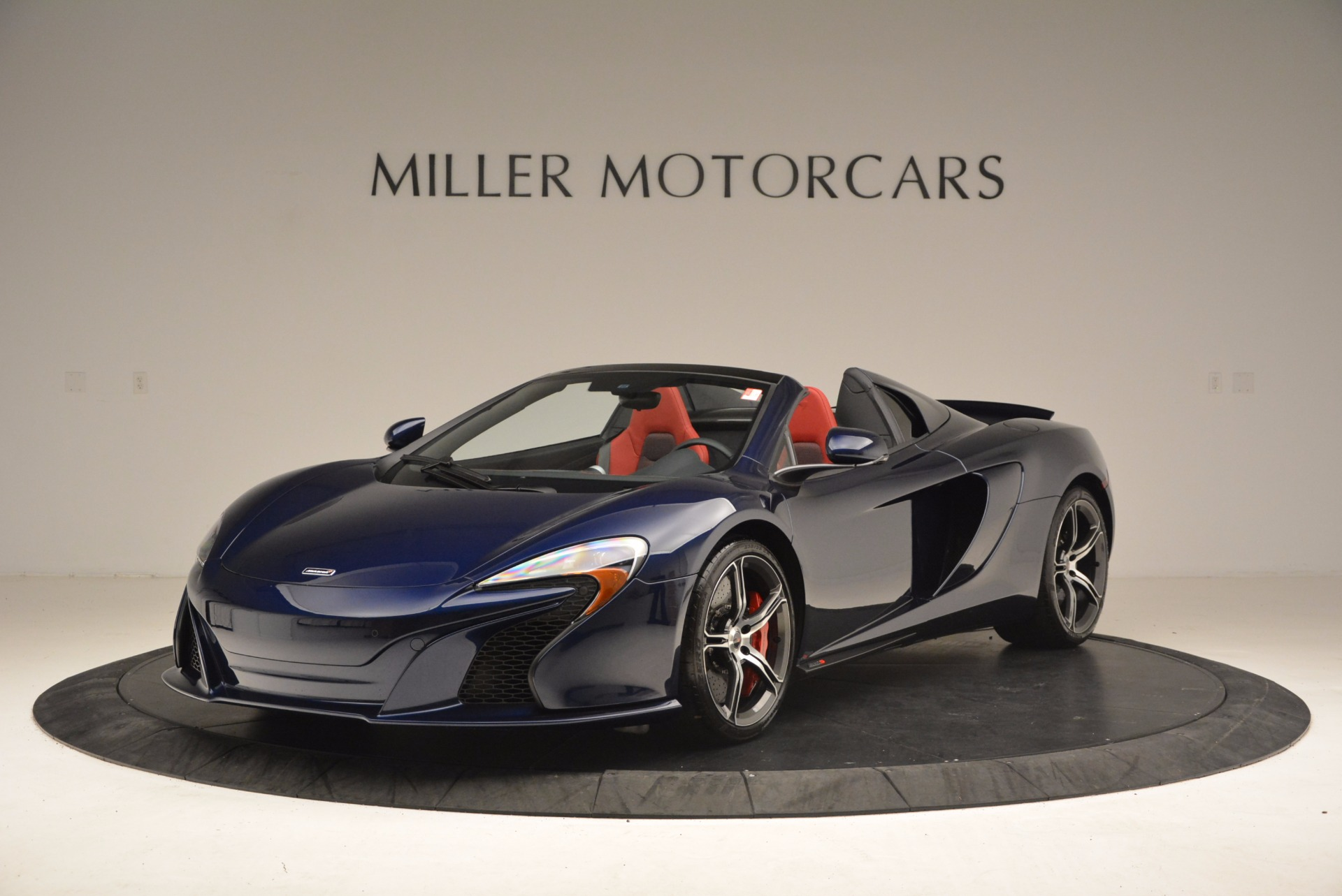 Used 2015 McLaren 650S Spider  For Sale In Greenwich, CT 1480_main