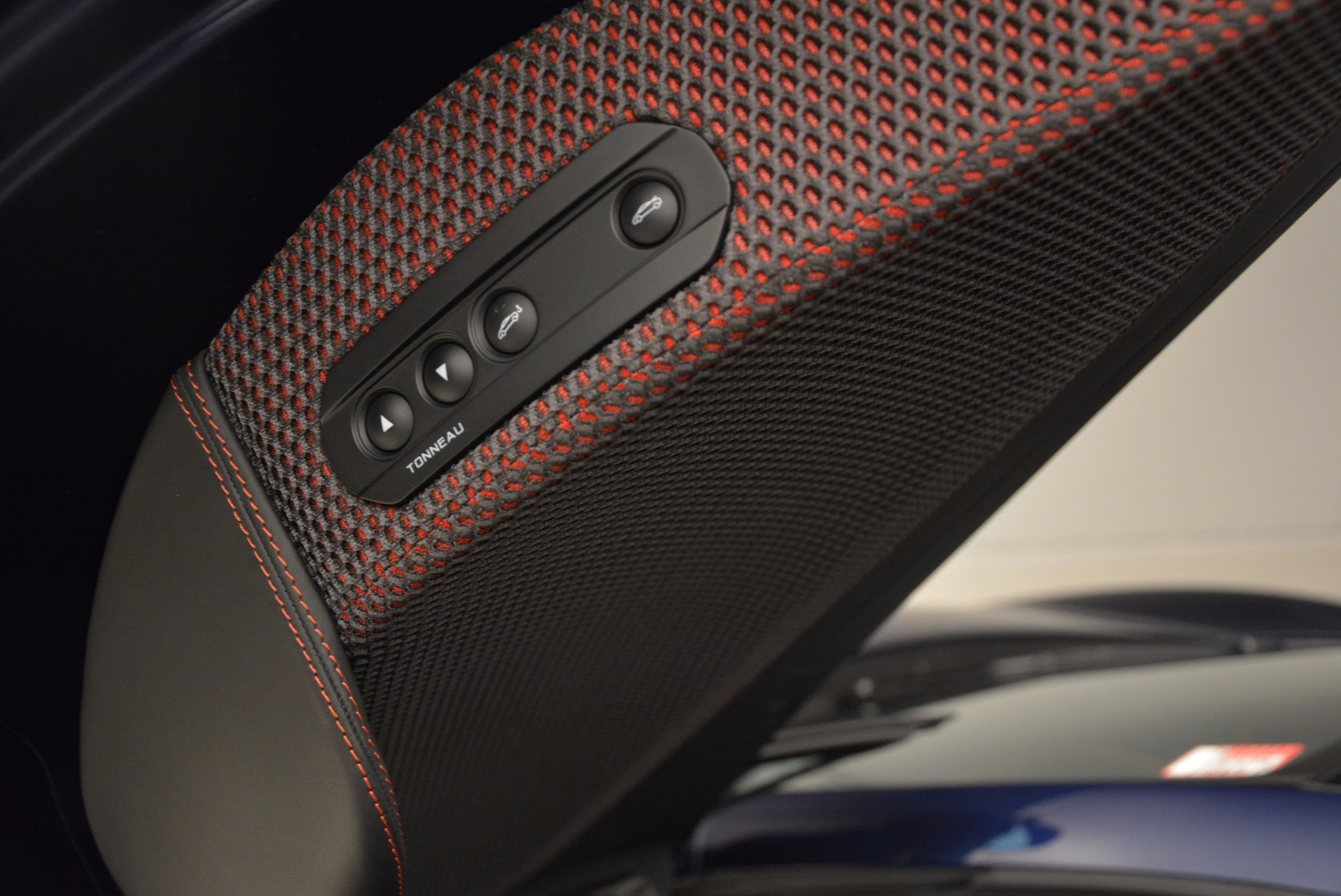Used 2015 McLaren 650S Spider  For Sale In Greenwich, CT 1480_p28