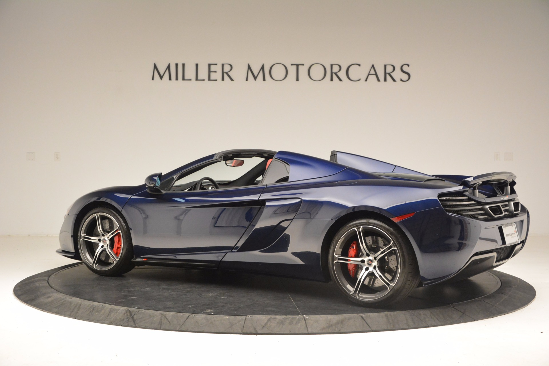 Used 2015 McLaren 650S Spider  For Sale In Greenwich, CT 1480_p4