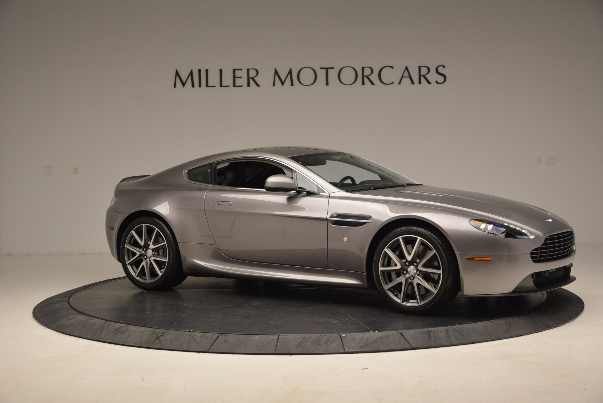 Used 2012 Aston Martin V8 Vantage  For Sale In Greenwich, CT 1497_p10