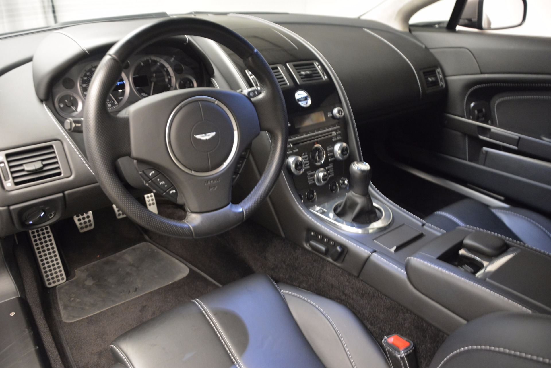 Used 2012 Aston Martin V8 Vantage  For Sale In Greenwich, CT 1497_p14