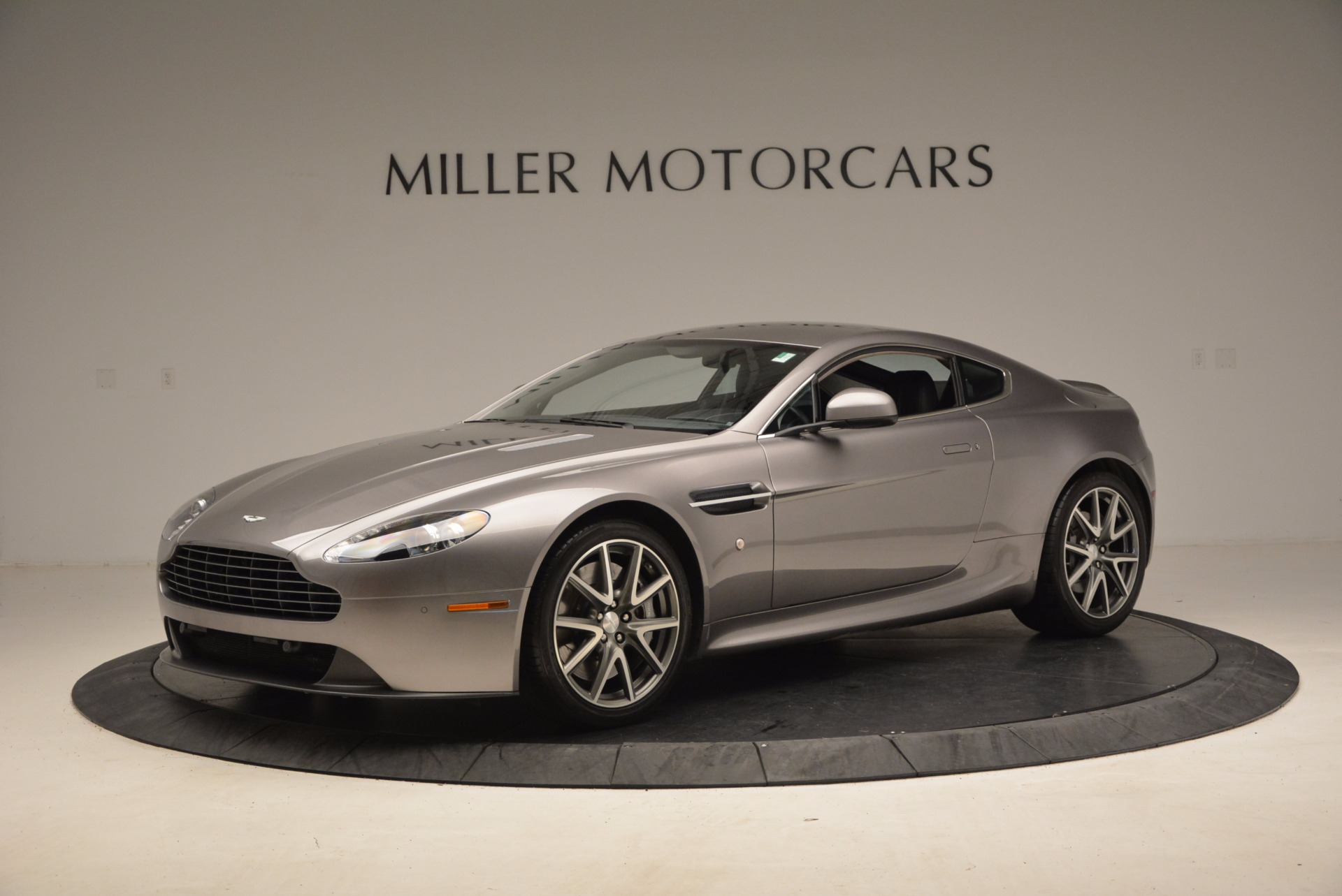 Used 2012 Aston Martin V8 Vantage  For Sale In Greenwich, CT 1497_p2