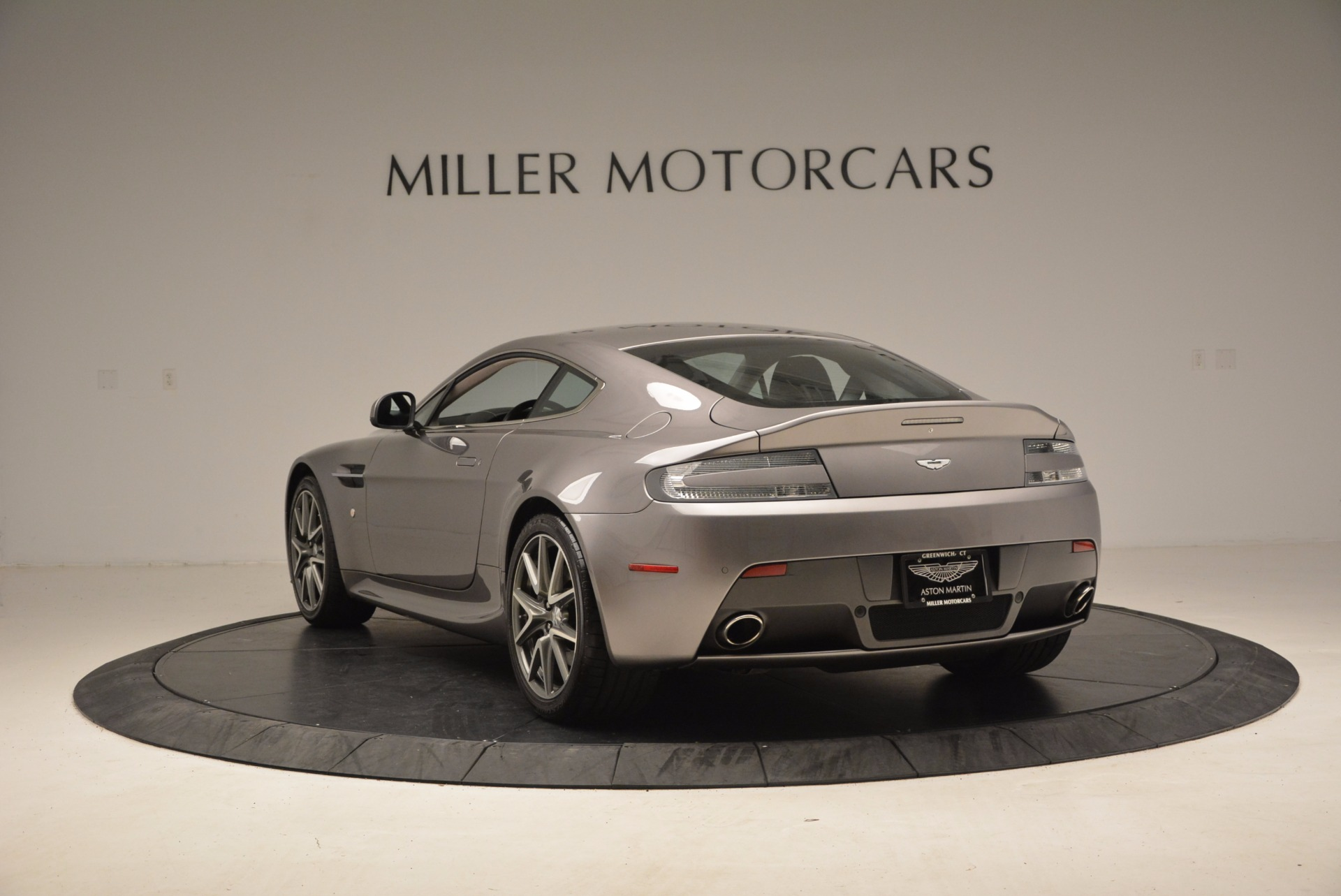 Used 2012 Aston Martin V8 Vantage  For Sale In Greenwich, CT 1497_p5