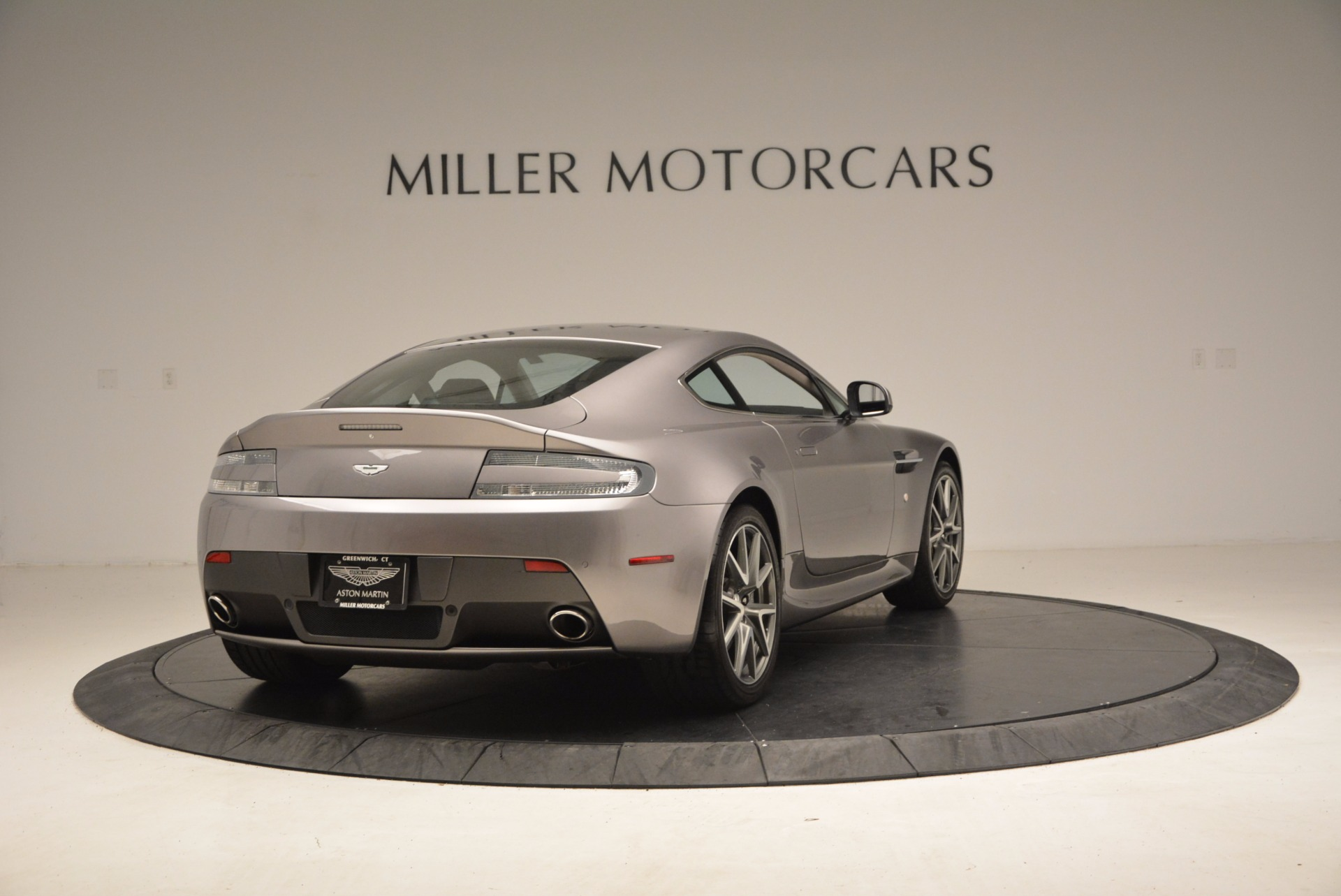 Used 2012 Aston Martin V8 Vantage  For Sale In Greenwich, CT 1497_p7