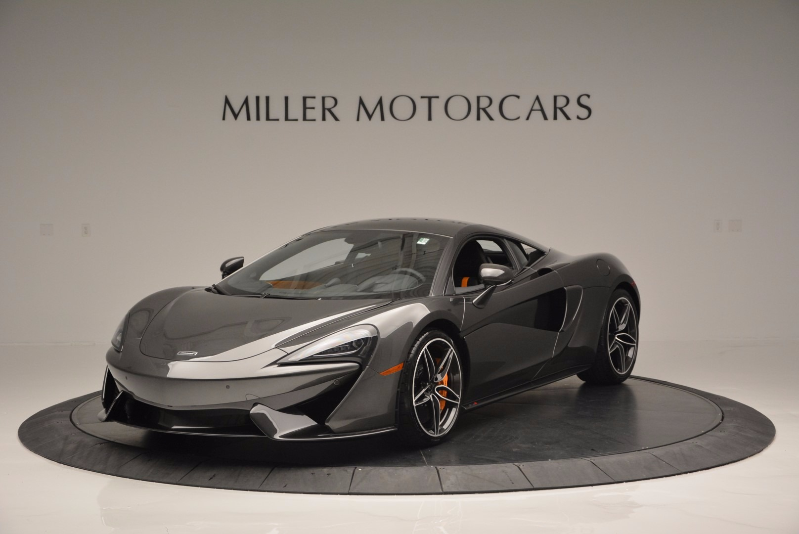 Used 2016 McLaren 570S  For Sale In Greenwich, CT 1498_main