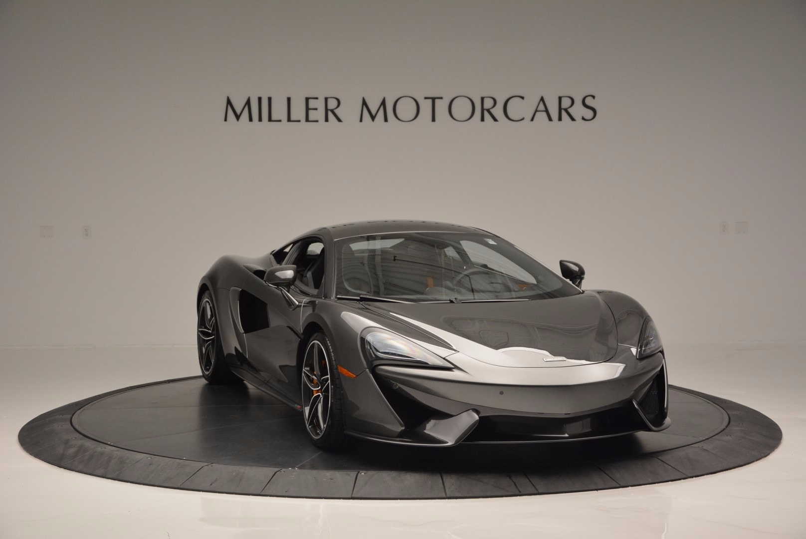 Used 2016 McLaren 570S  For Sale In Greenwich, CT 1498_p11