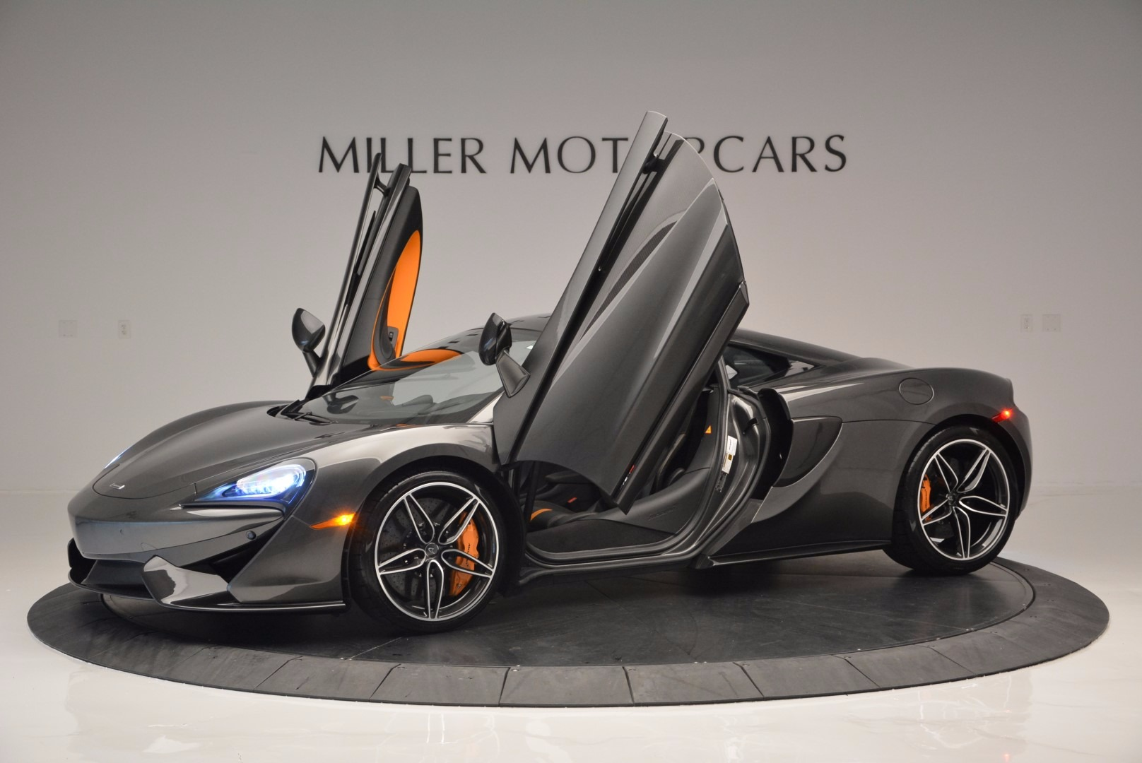 Used 2016 McLaren 570S  For Sale In Greenwich, CT 1498_p14