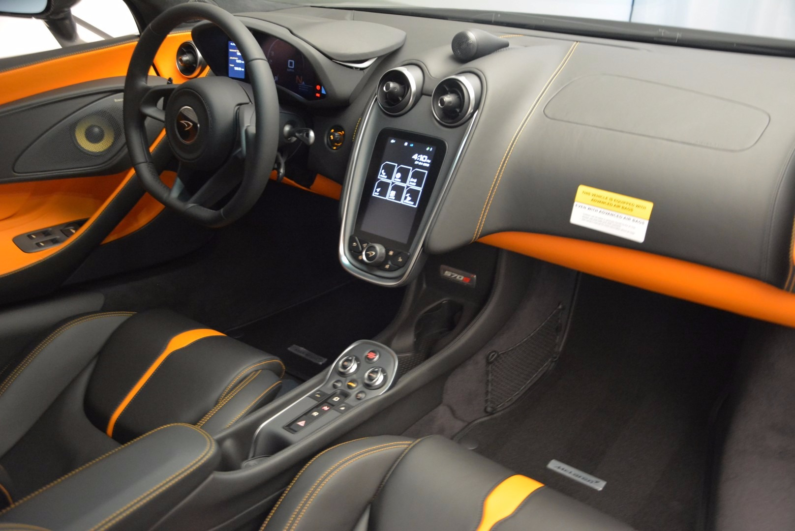 Used 2016 McLaren 570S  For Sale In Greenwich, CT 1498_p18