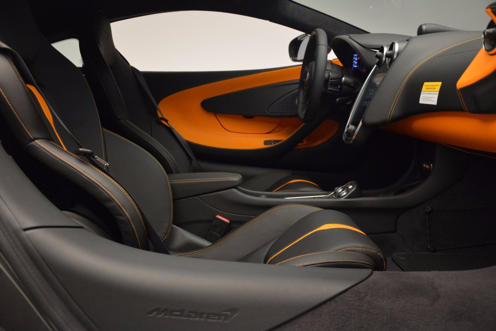 Used 2016 McLaren 570S  For Sale In Greenwich, CT 1498_p19