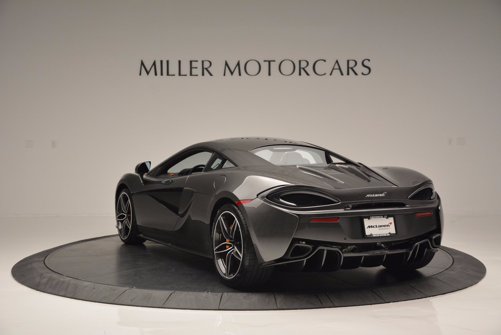 Used 2016 McLaren 570S  For Sale In Greenwich, CT 1498_p5