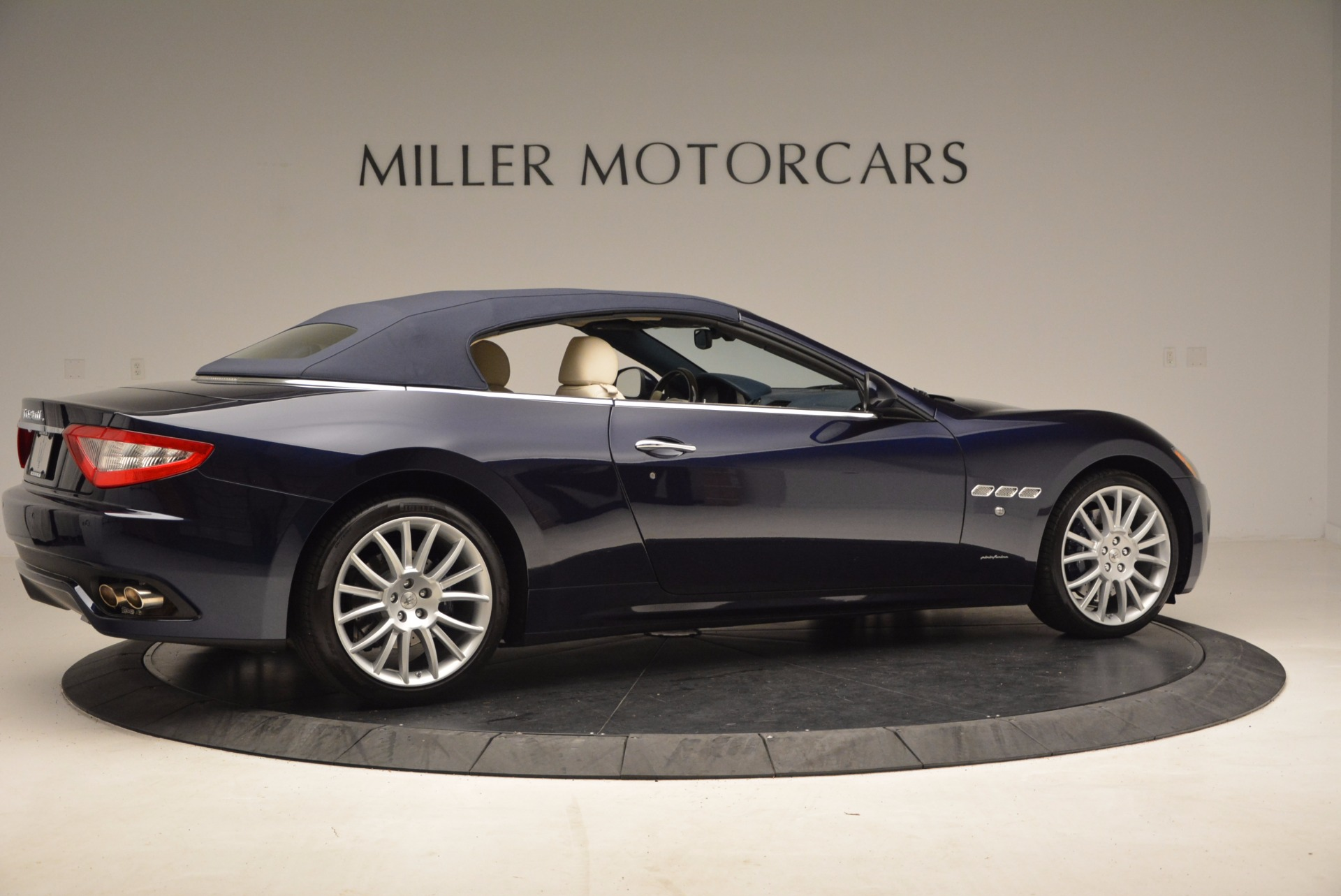 Used 2016 Maserati GranTurismo  For Sale In Greenwich, CT 1499_p20