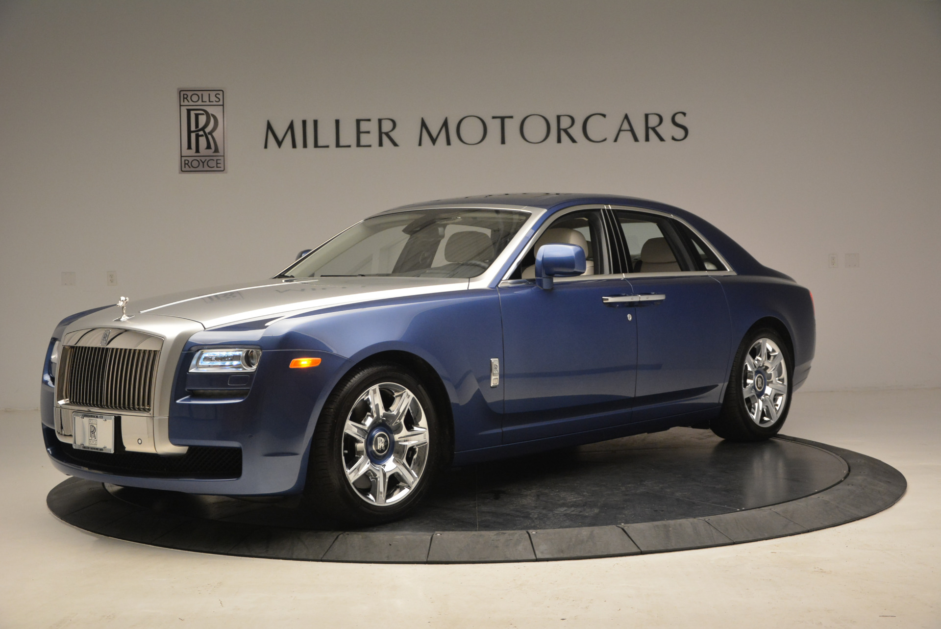 Used 2010 Rolls-Royce Ghost  For Sale In Greenwich, CT 1504_p3