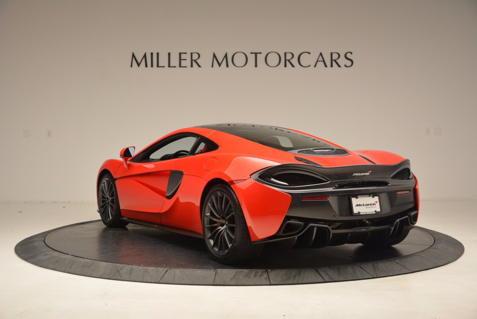 Used 2017 McLaren 570GT  For Sale In Greenwich, CT 1506_p5