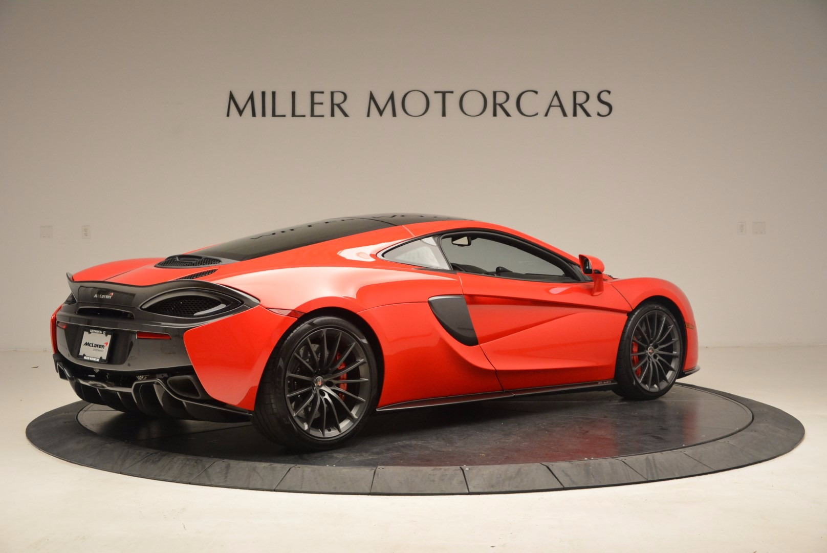 Used 2017 McLaren 570GT  For Sale In Greenwich, CT 1506_p7