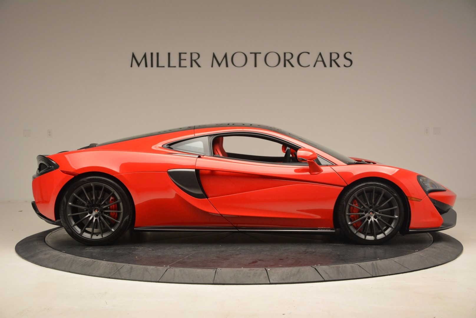 Used 2017 McLaren 570GT  For Sale In Greenwich, CT 1506_p8