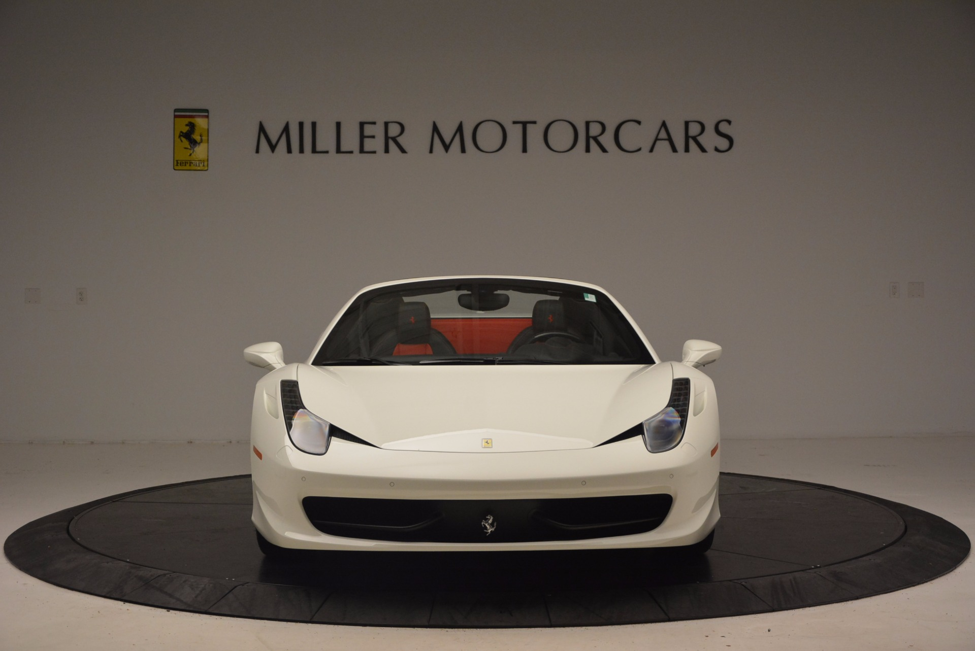 Used 2015 Ferrari 458 Spider  For Sale In Greenwich, CT 1534_p12