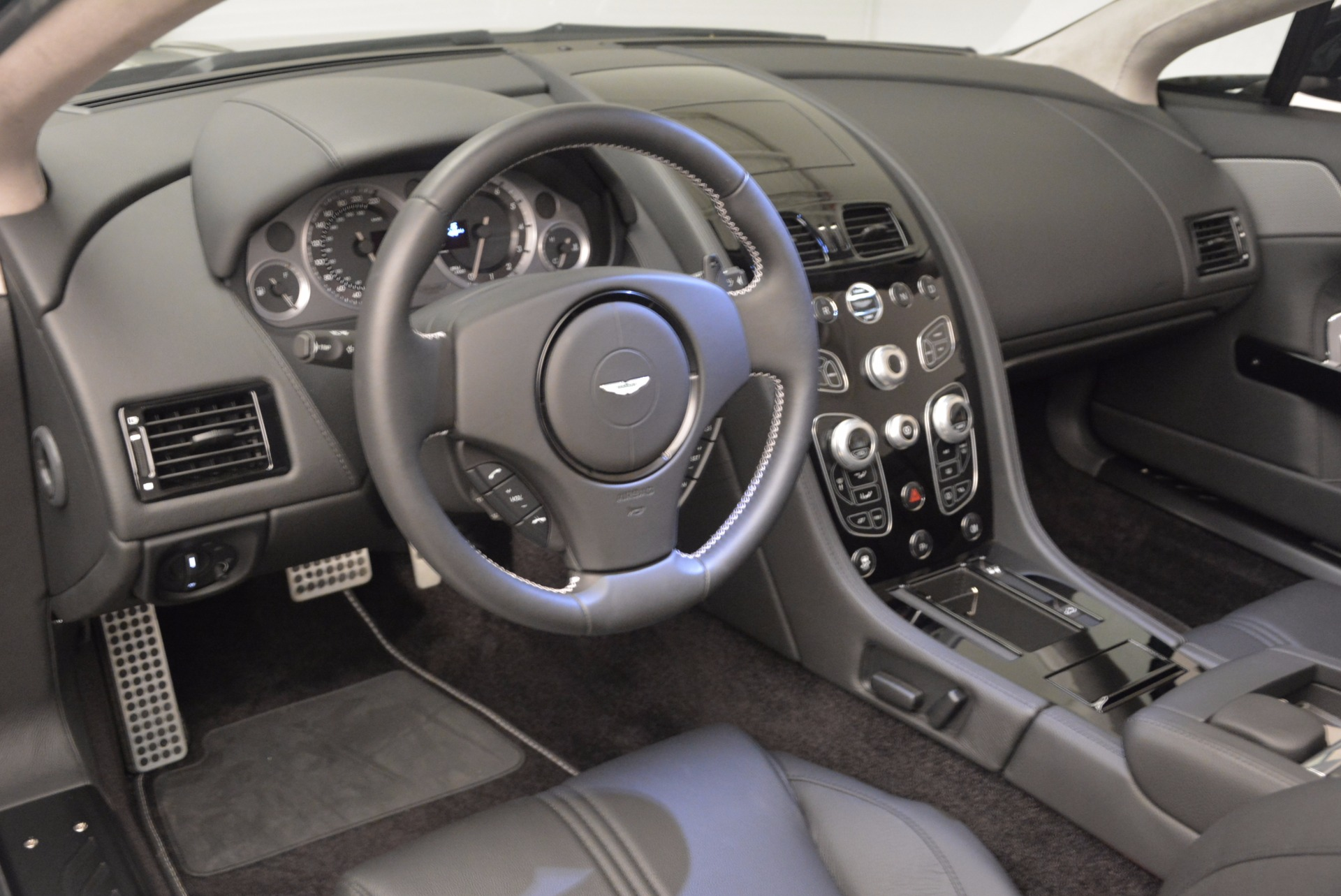 New 2016 Aston Martin V8 Vantage Roadster For Sale In Greenwich, CT 1546_p27
