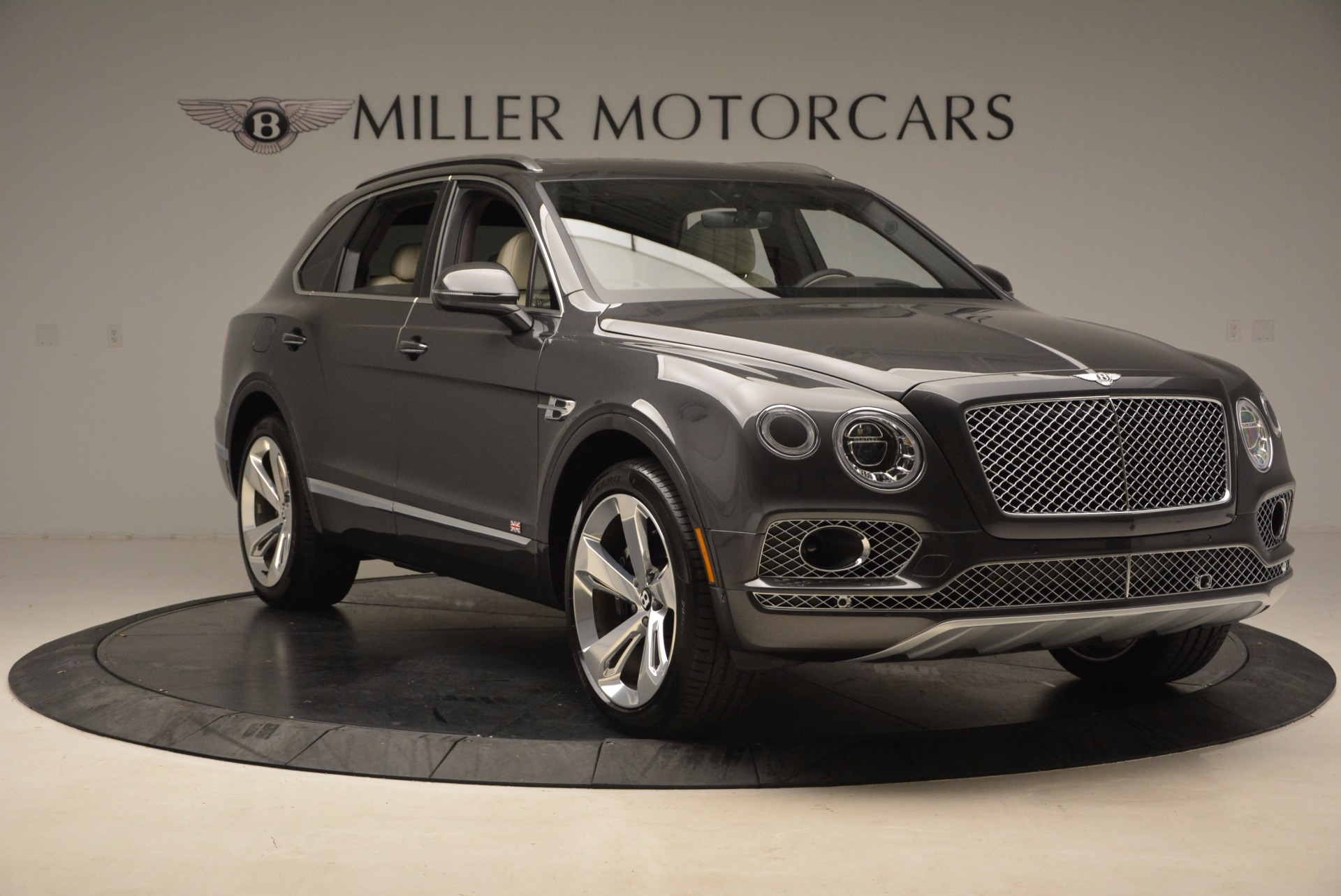 New 2018 Bentley Bentayga Signature For Sale In Greenwich, CT 1547_p11