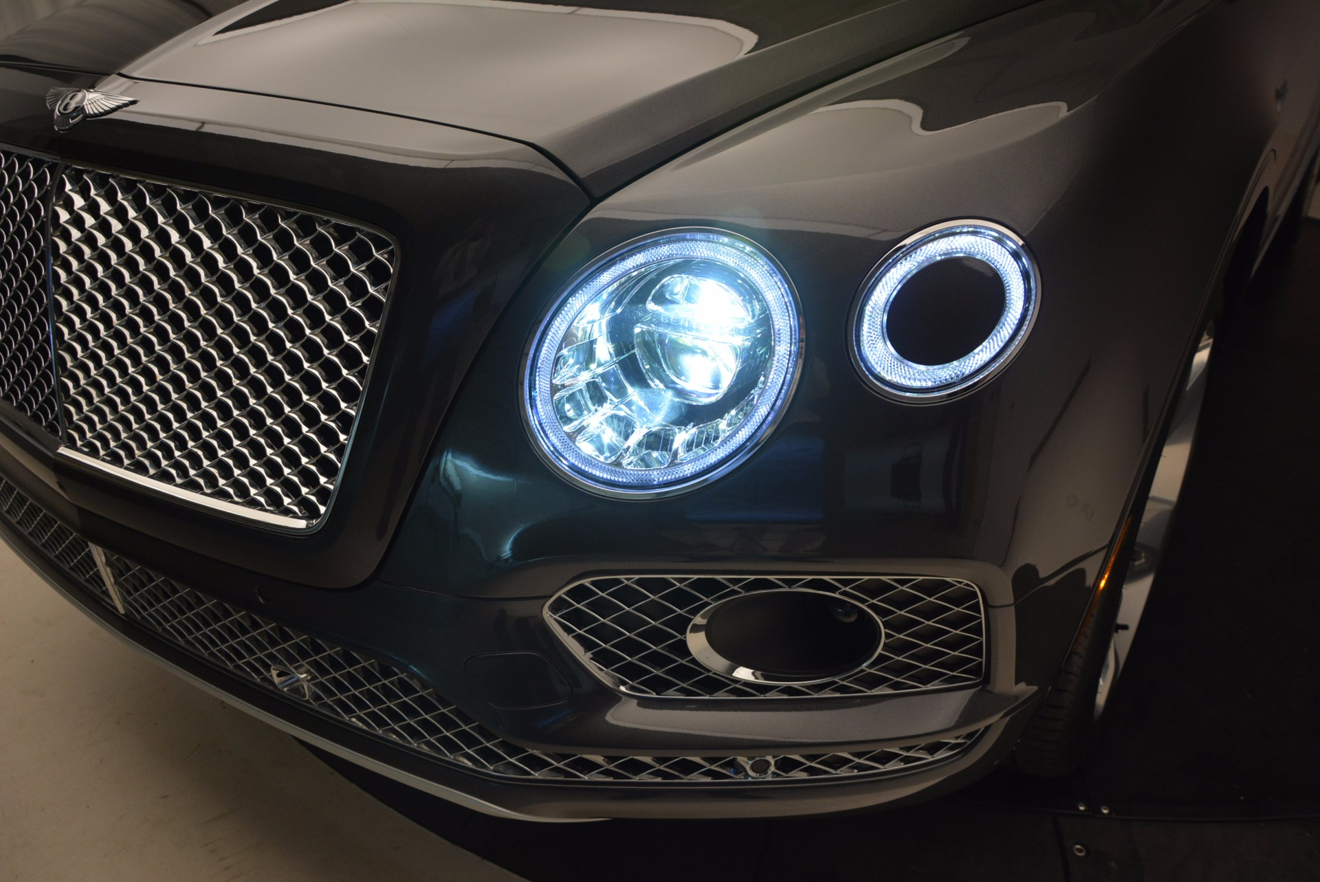 New 2018 Bentley Bentayga Signature For Sale In Greenwich, CT 1547_p20