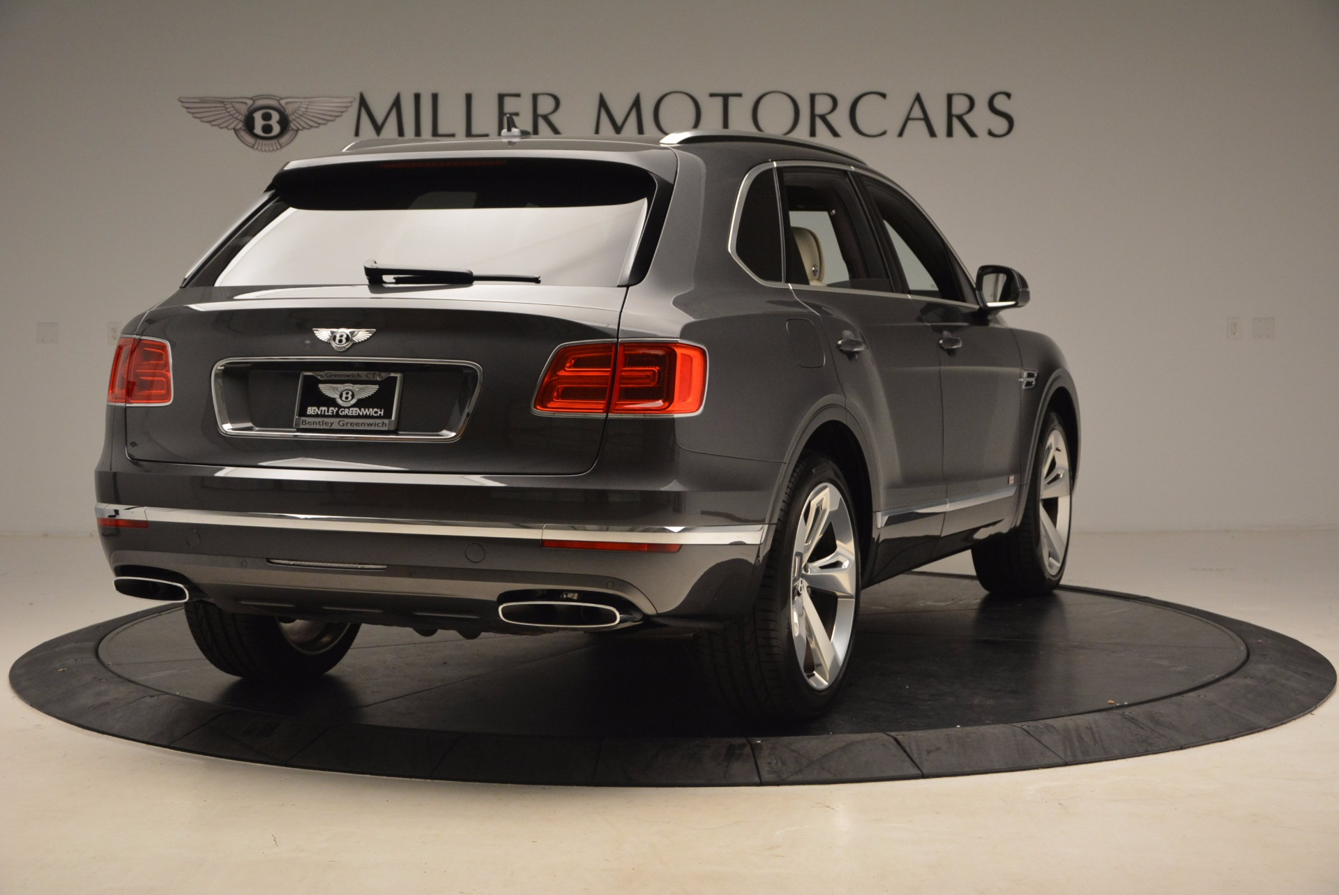 New 2018 Bentley Bentayga Signature For Sale In Greenwich, CT 1547_p7
