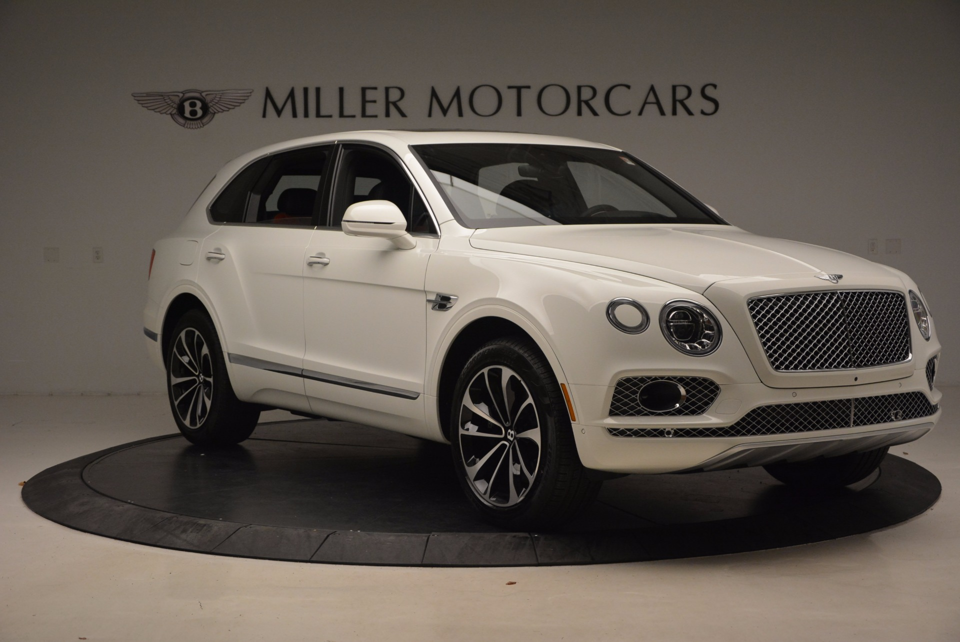 New 2018 Bentley Bentayga Onyx For Sale In Greenwich, CT 1548_p11