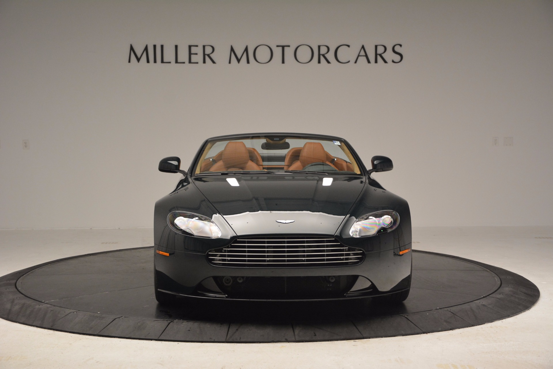 Used 2016 Aston Martin V8 Vantage S Roadster For Sale In Greenwich, CT 1550_p12