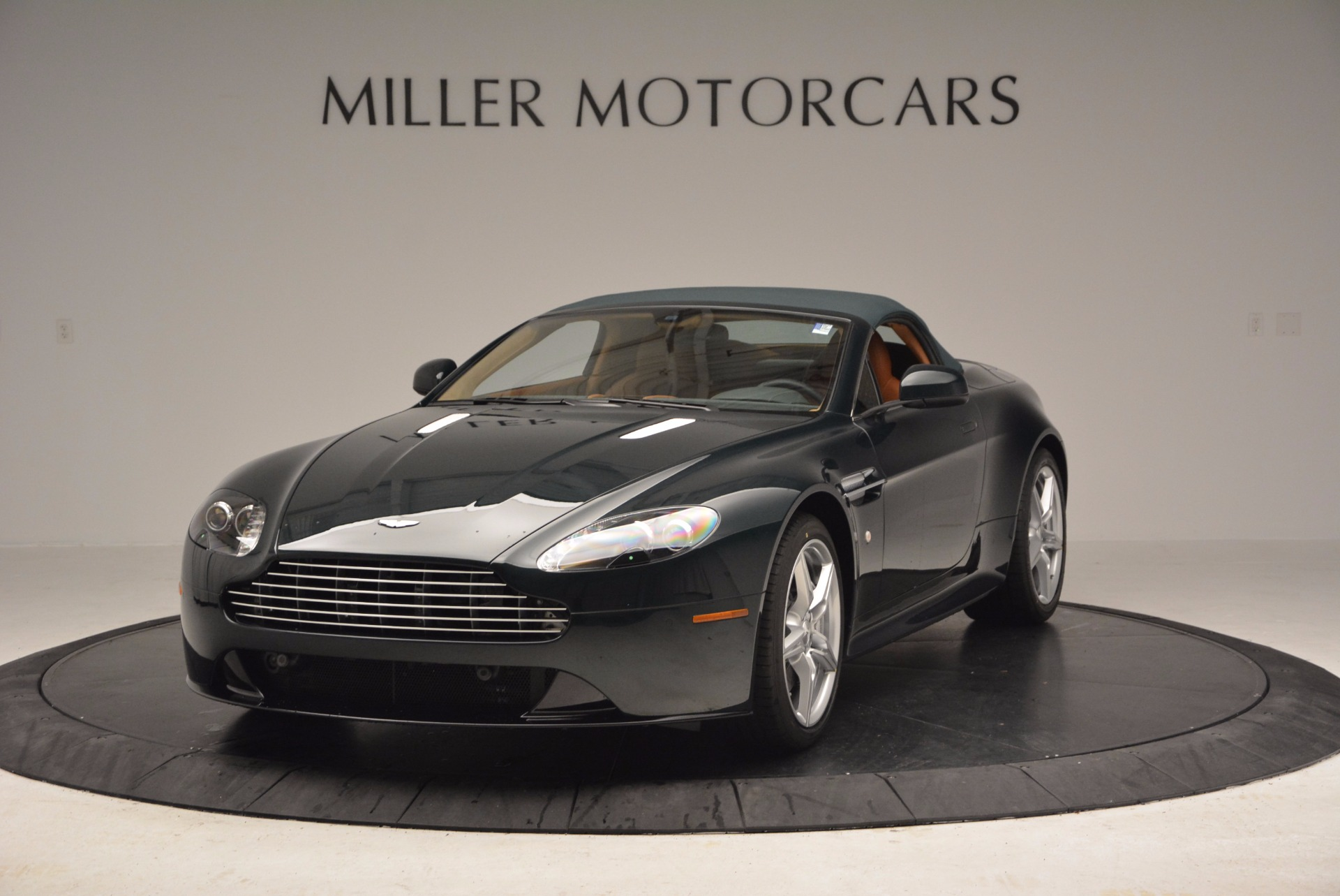 Used 2016 Aston Martin V8 Vantage S Roadster For Sale In Greenwich, CT 1550_p13