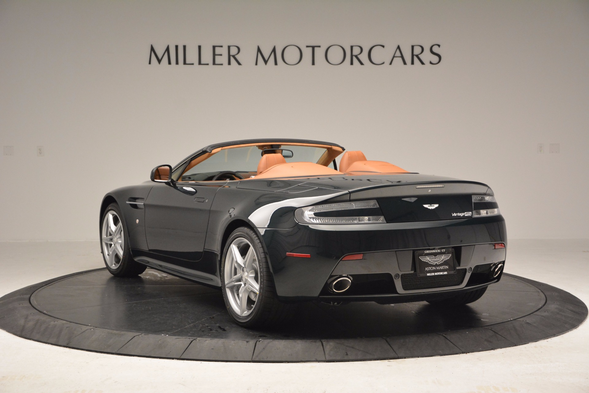 Used 2016 Aston Martin V8 Vantage S Roadster For Sale In Greenwich, CT 1550_p5