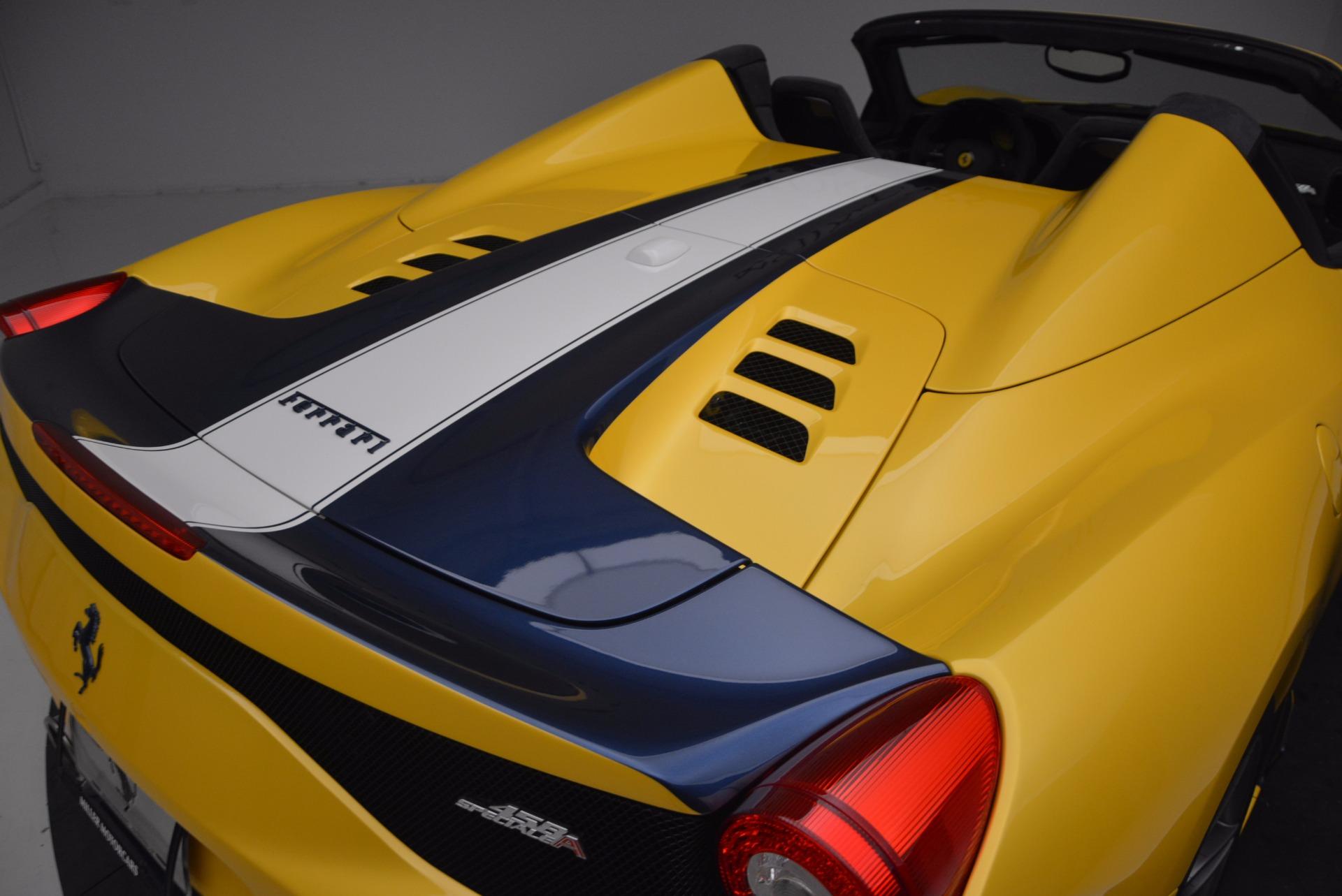 Used 2015 Ferrari 458 Speciale Aperta  For Sale In Greenwich, CT 1555_p34