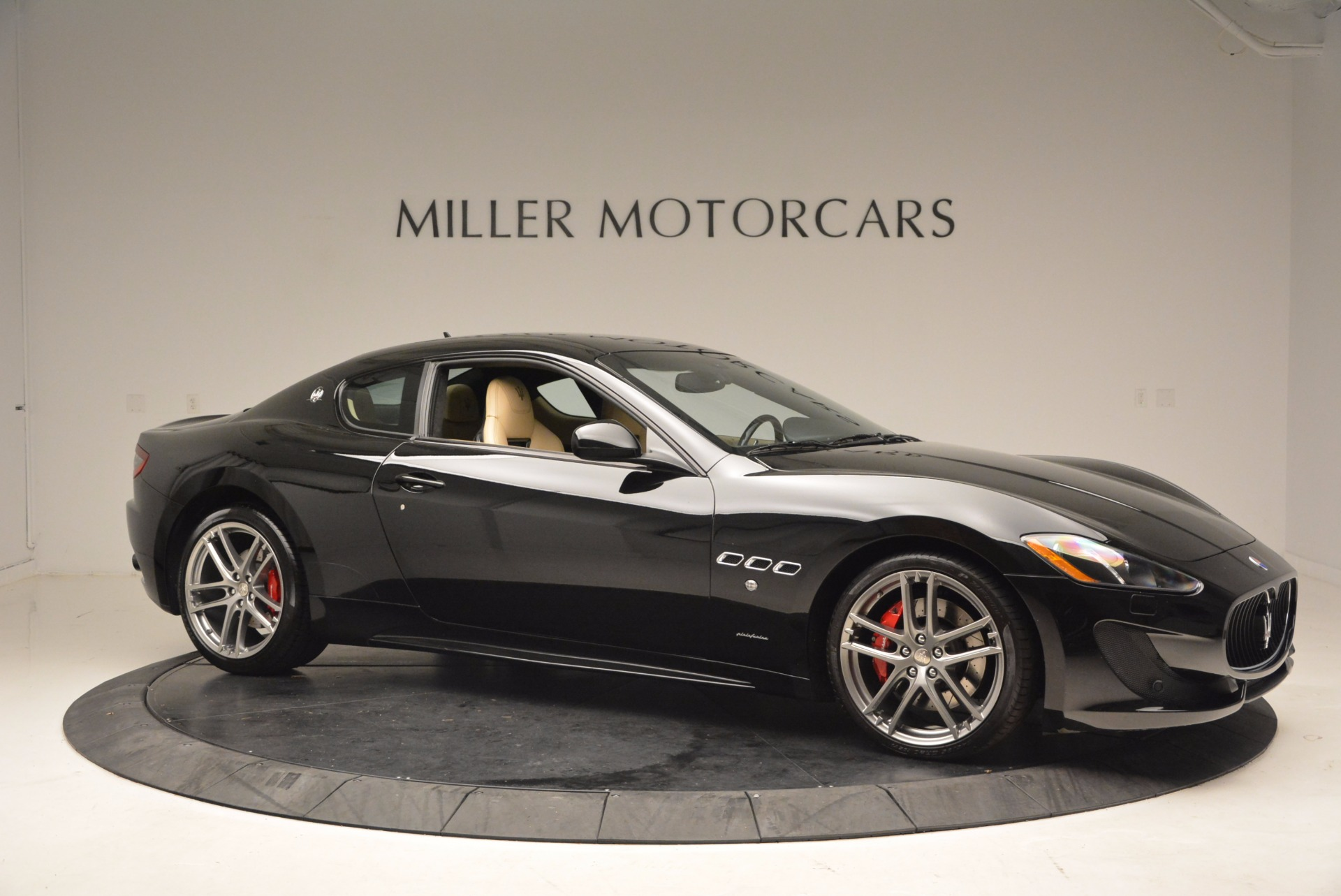 Used 2015 Maserati GranTurismo Sport Coupe For Sale In Greenwich, CT 1557_p10
