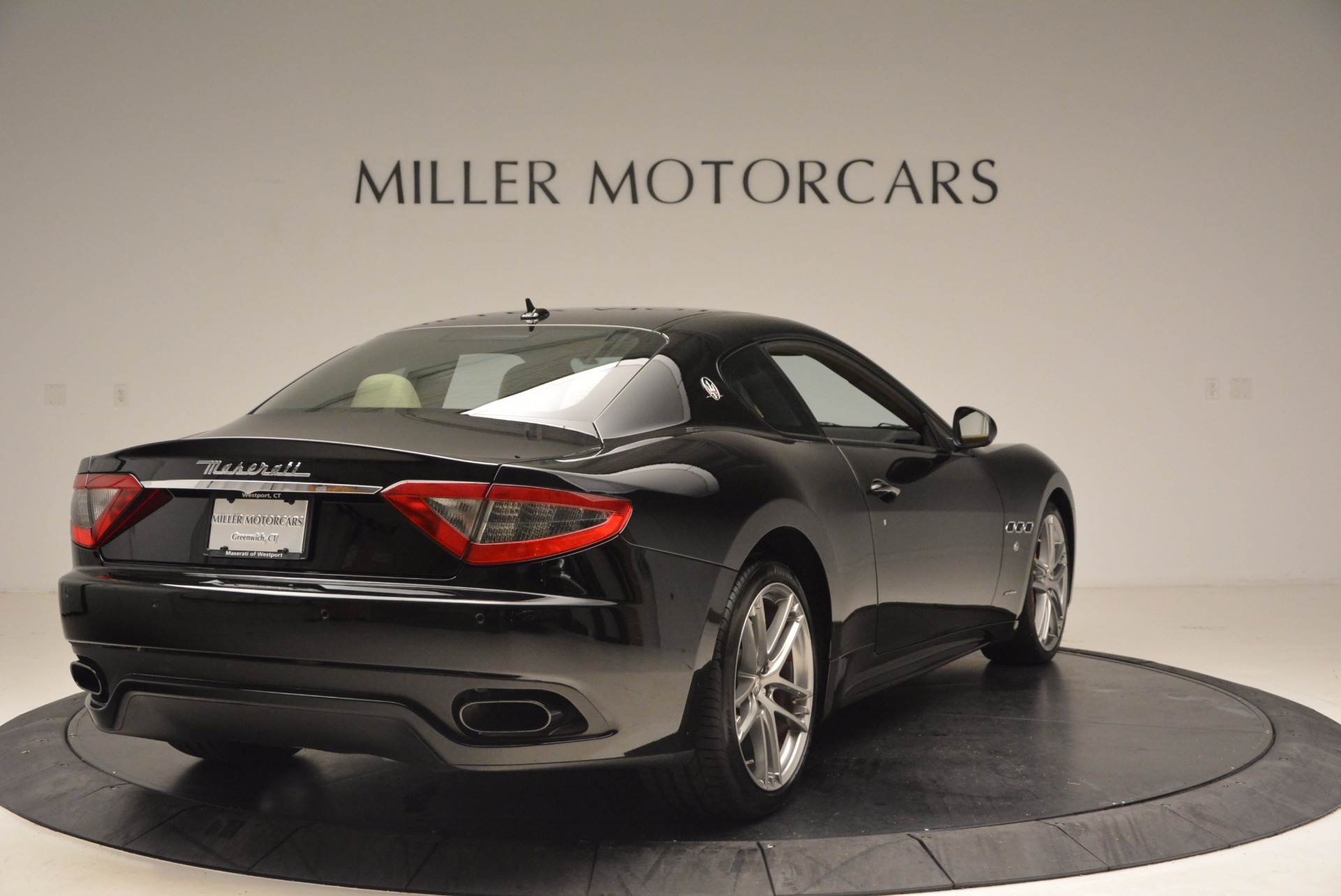 Used 2015 Maserati GranTurismo Sport Coupe For Sale In Greenwich, CT 1557_p7