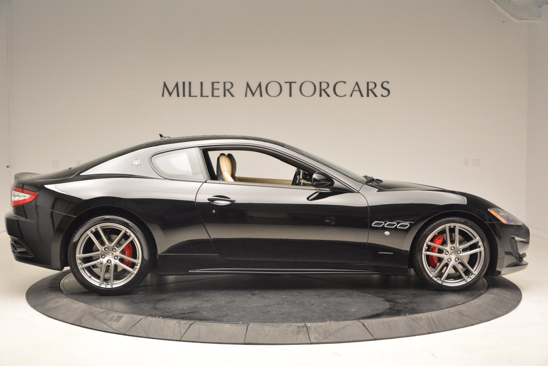Used 2015 Maserati GranTurismo Sport Coupe For Sale In Greenwich, CT 1557_p9