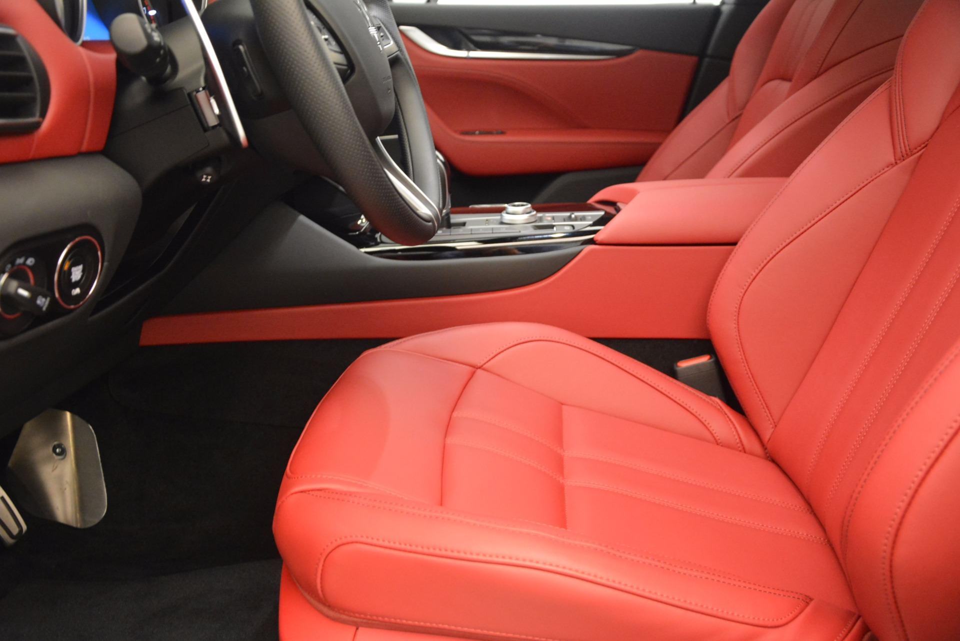 New 2018 Maserati Levante Q4 GranSport For Sale In Greenwich, CT 1563_p14