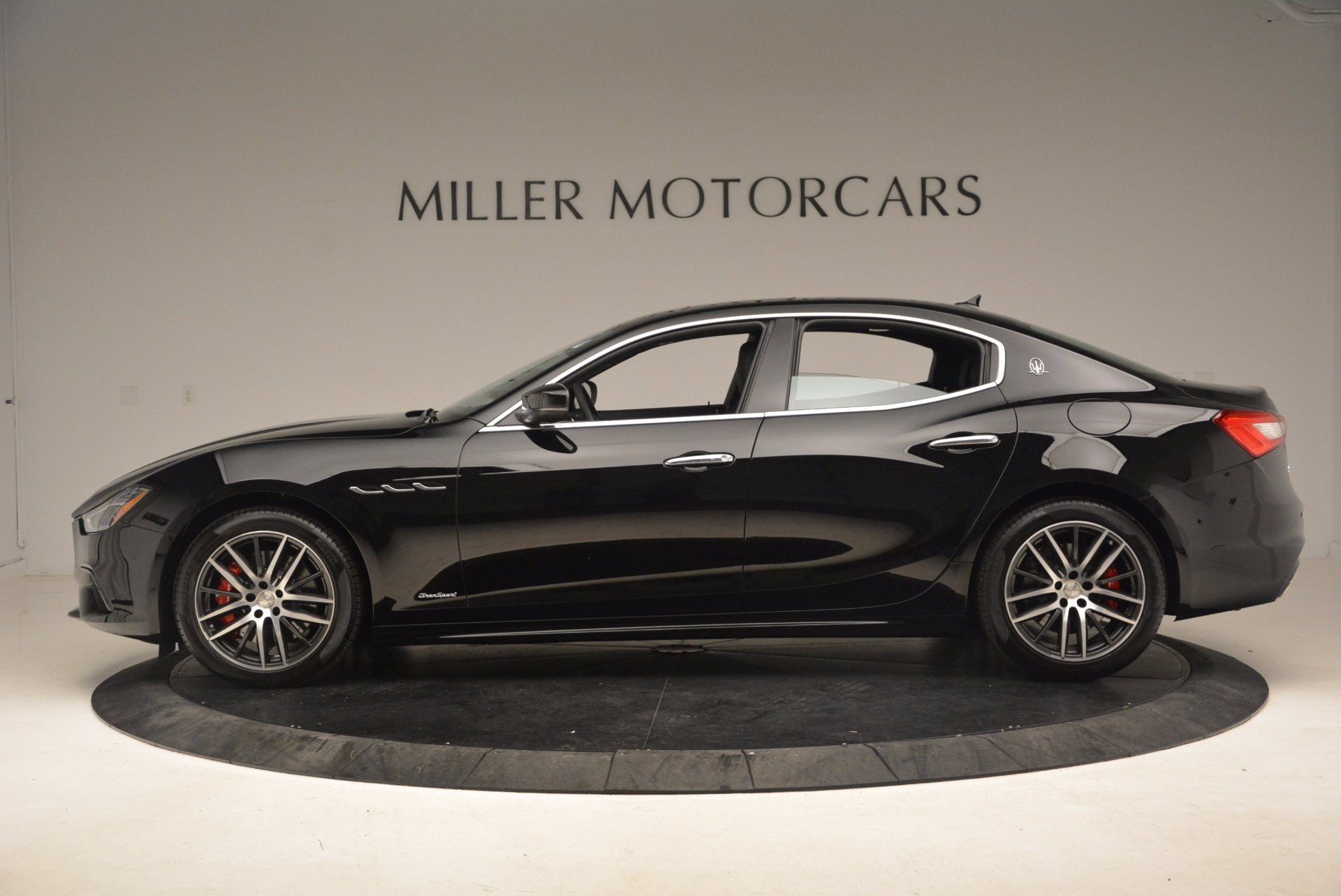 Used 2018 Maserati Ghibli S Q4 Gransport For Sale In Greenwich, CT 1568_p3